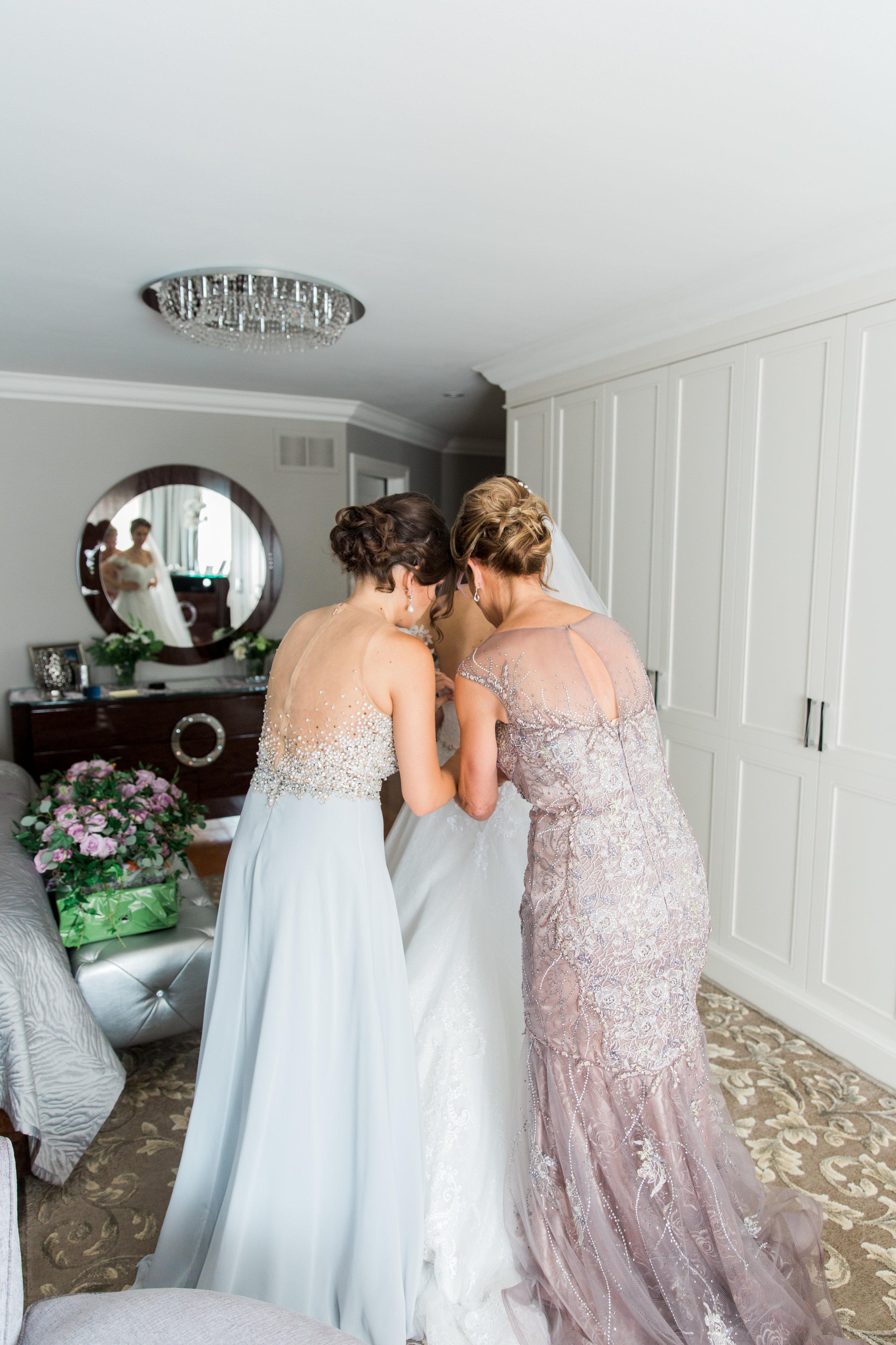Danielle-Giroux-Amir-Golbazi-Toronto-Wedding-Photographer-Bellvue-Manor_DeLuca_1-136.jpg