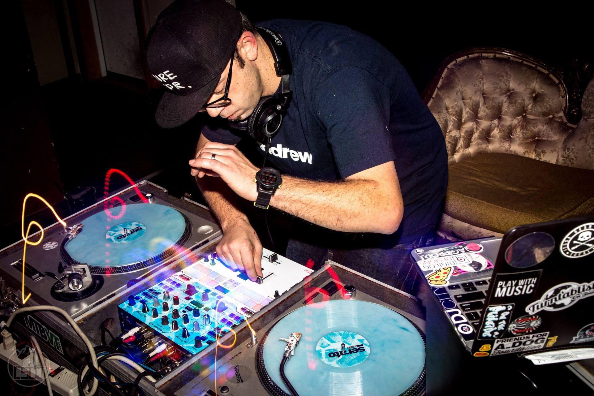 DJ Rekkon -