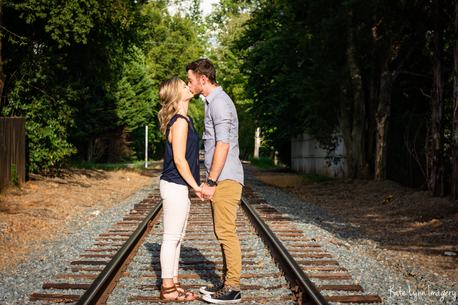 2018_0820-Dylan + Heather Noda Session9535-17W.jpg