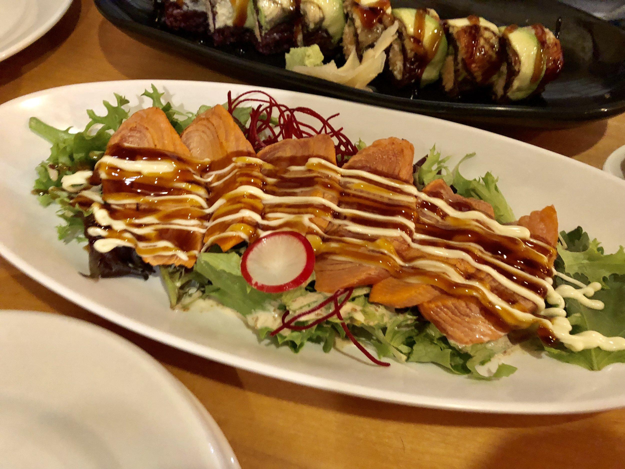 Salmon sashimi aburi