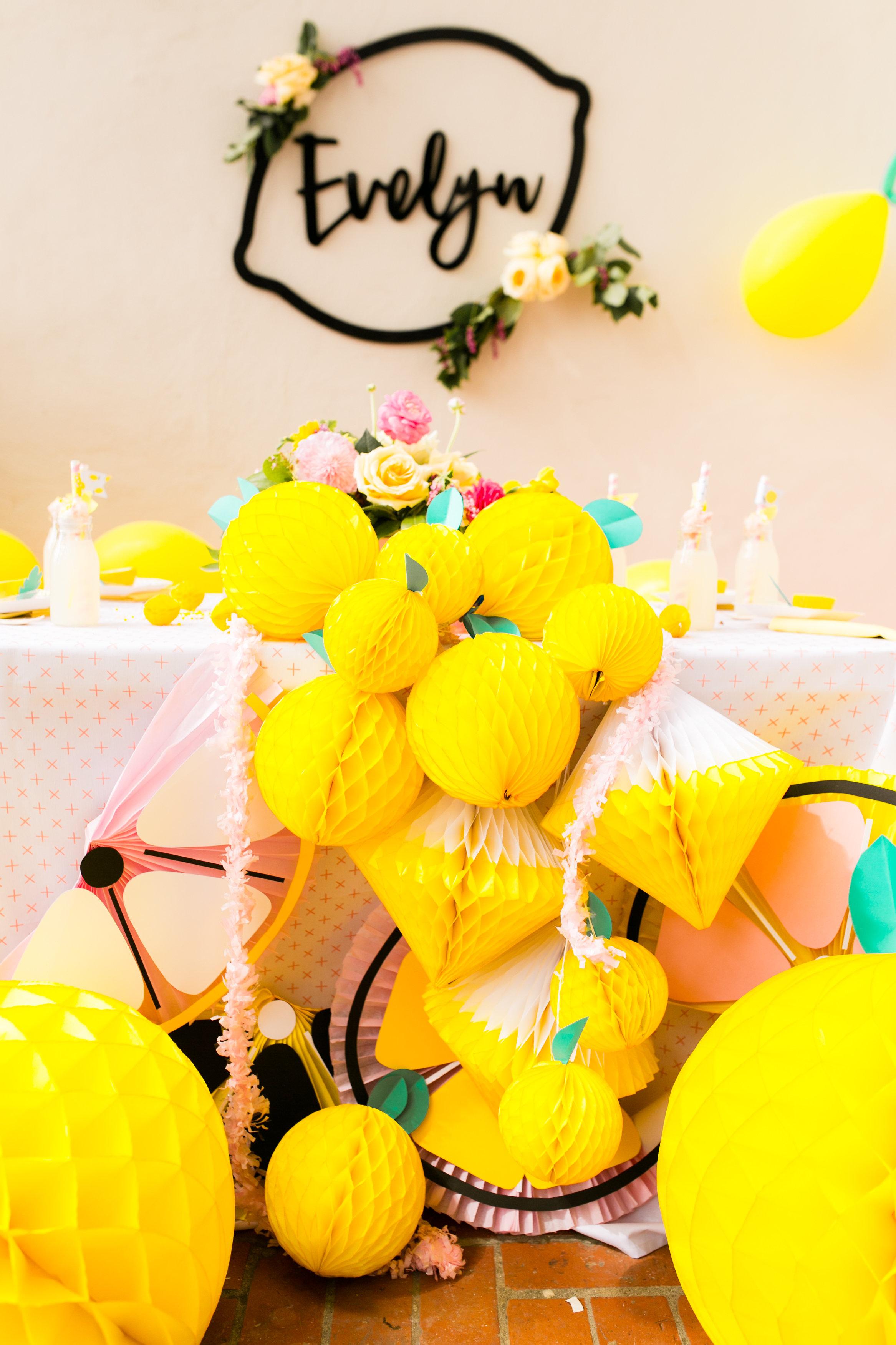 Lemonade Kids birthday party - Honeycomb Lemon design for Tabletop
