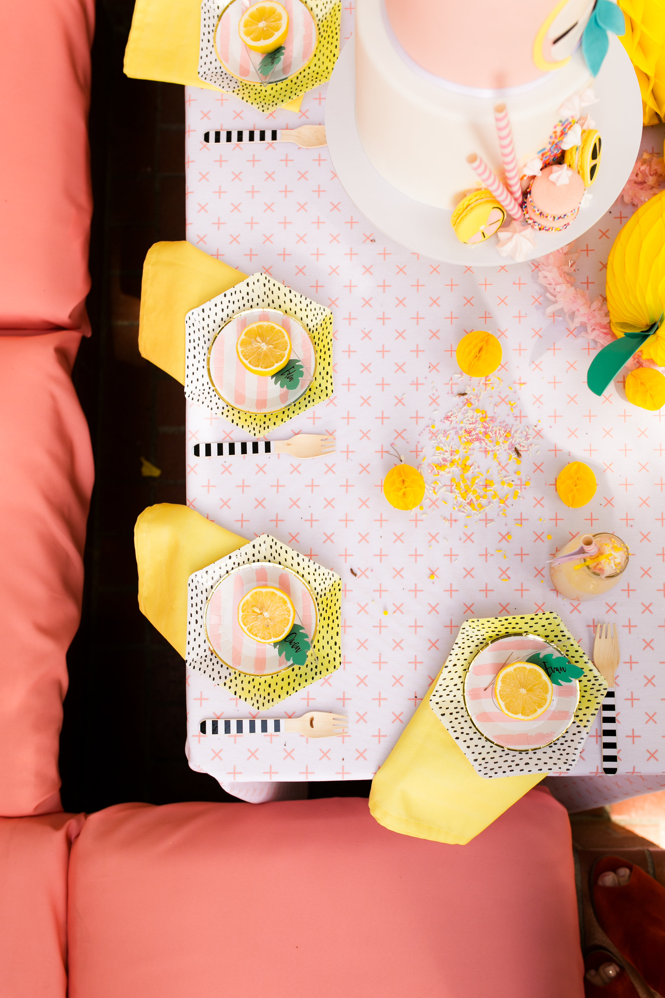 Lemonade Kids Birthday Party - Tabletop Decor