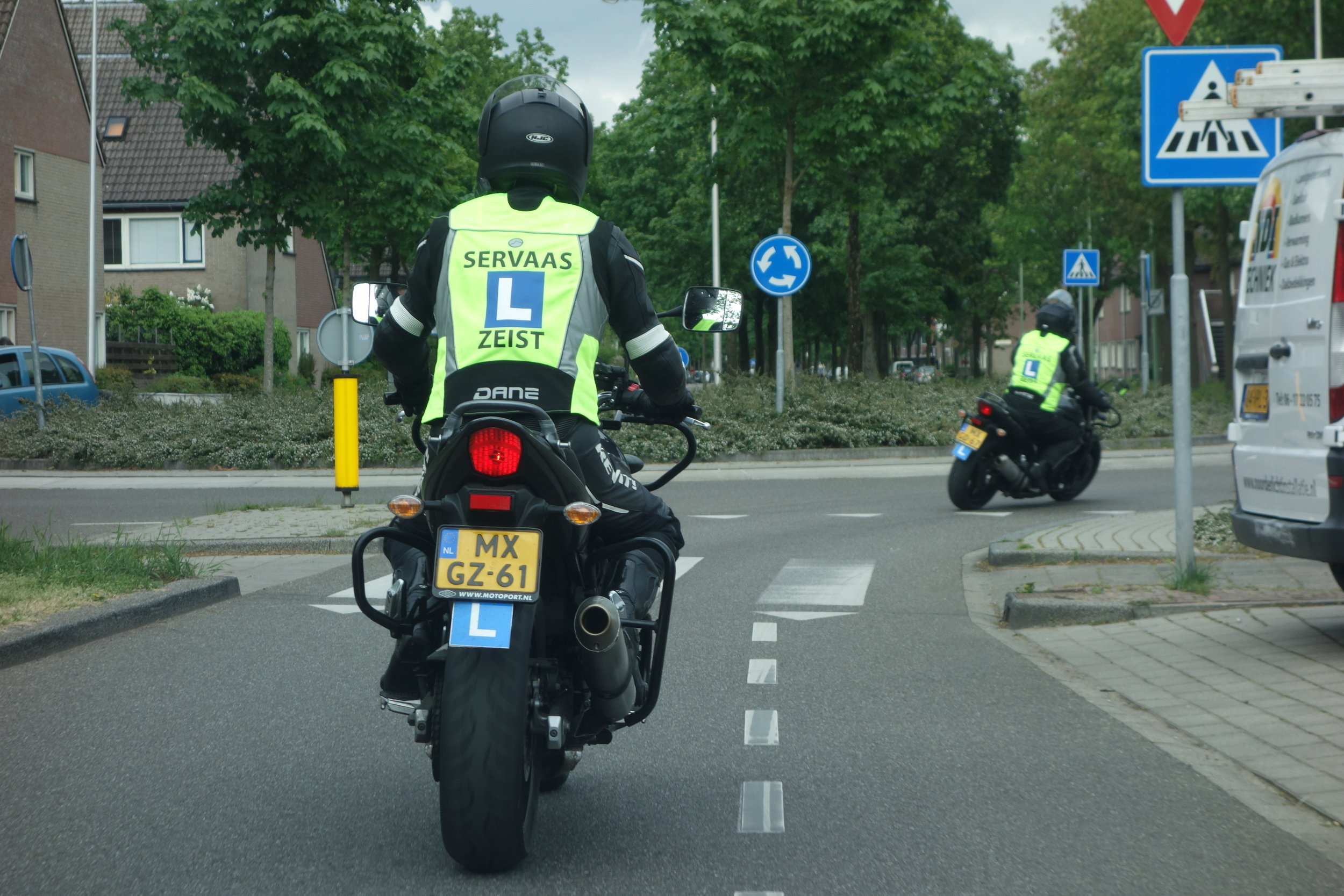 Motorrijles van Rijschool Servaas in Zeist