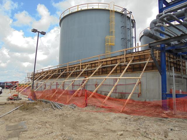 Tank Farm Containment Wall  concrete pour 7-20-15569b.JPG