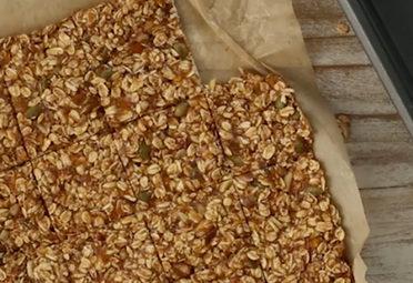 Almond Butter Apricot Granola Bars