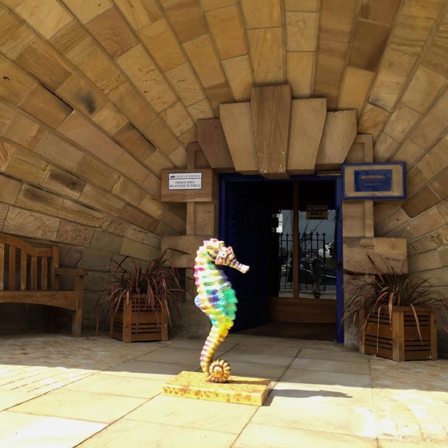 Old Custom House, ABP, seahorse sculpture 01.jpg.JPG