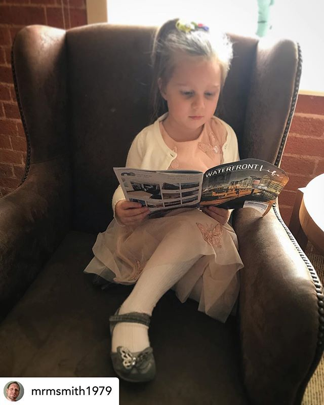 Wonderful to see our younger readers getting their fix of the latest issue! 😍  Posted @withrepost • @mrmsmith1979 Waterfront Life @waterfrontlifeips @salthouse_hotel  #ipswich #suffolk #hotel