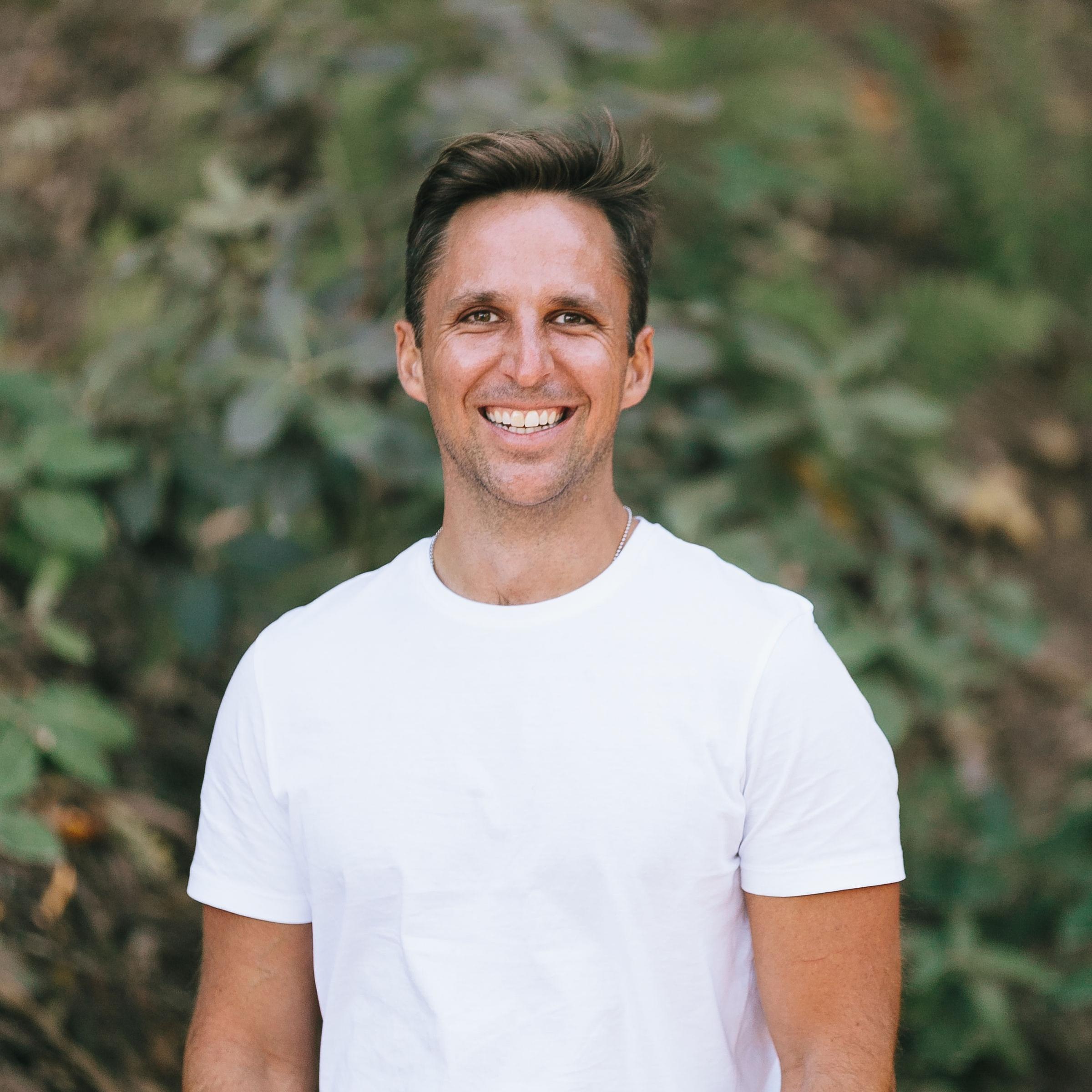 Joe DiStefano   Founder, Podcast Host & Wellness Coach