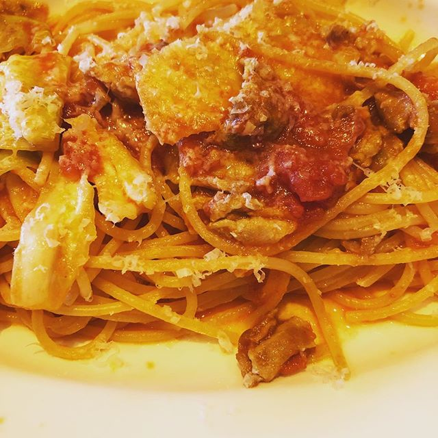 豚バラ肉とキャベツのトマトソーススパゲティをいただきました #青山 #ランチ