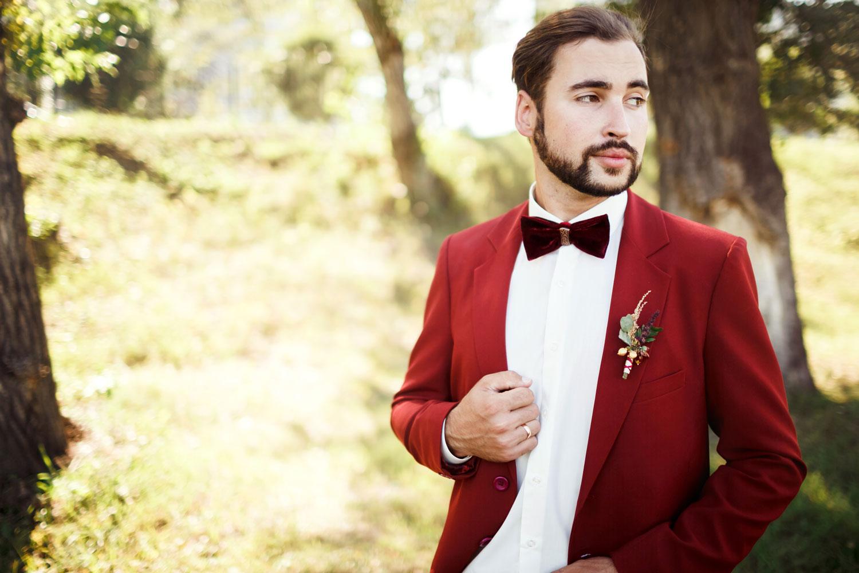 Burgundy-Wedding-Suits.jpg