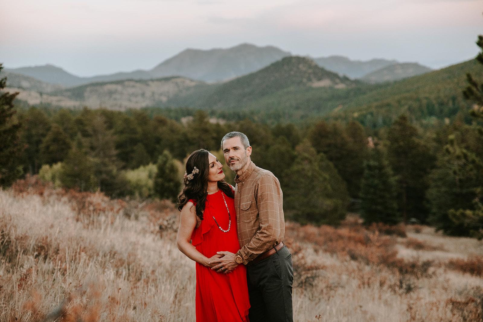 Colorado Mountain Maternity Photo Shoot