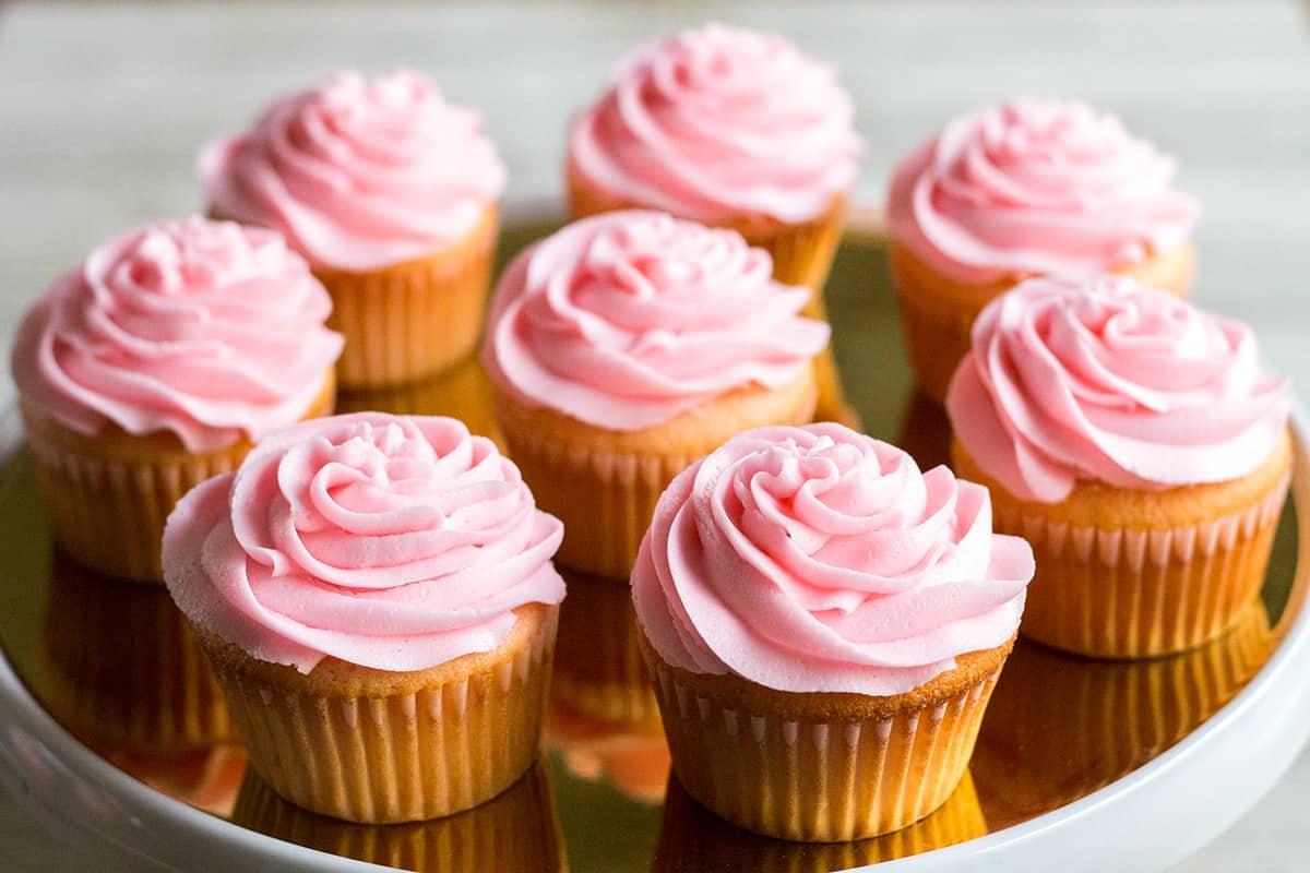 Pink-Asti-Cupcakes-2.jpg