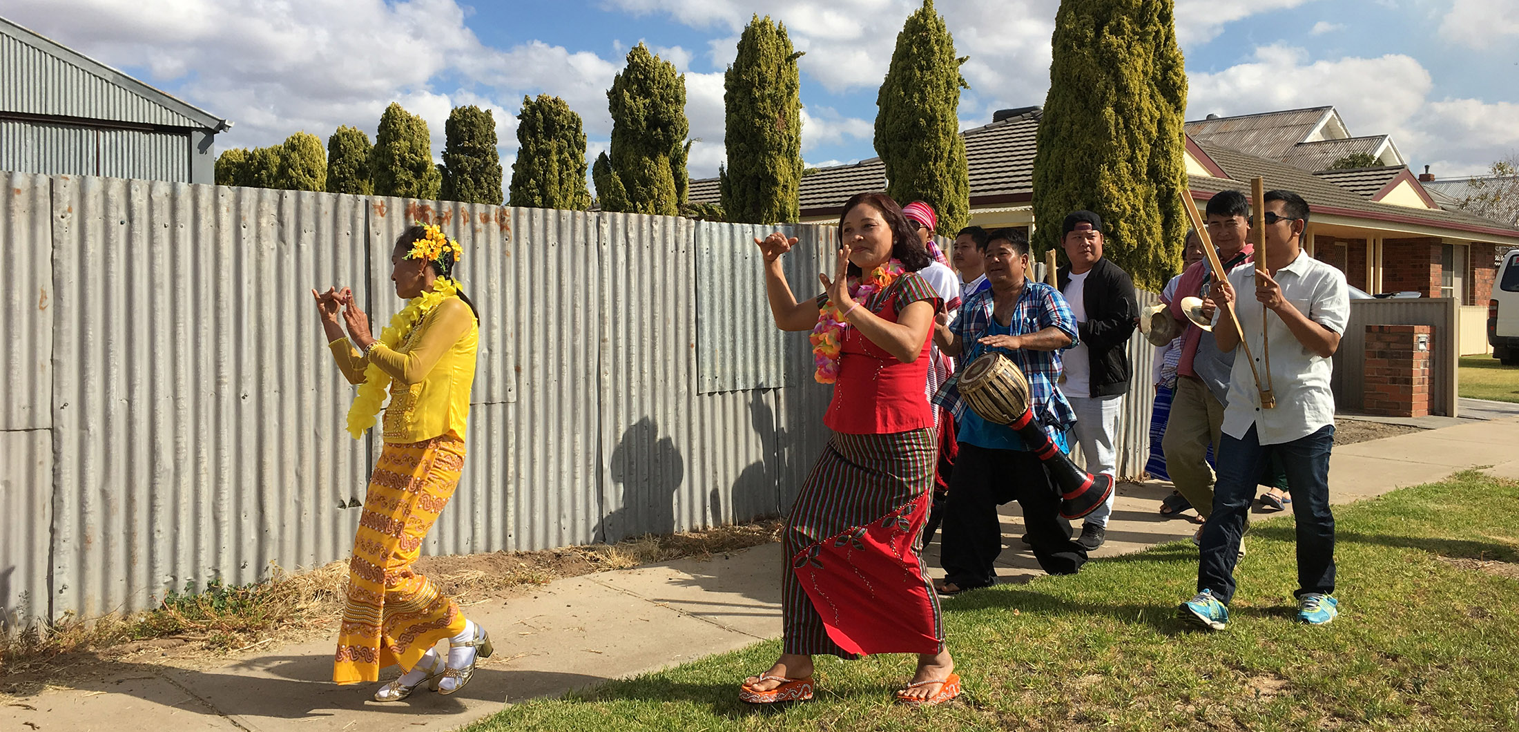 Photo by Catherine Schieve - Karen people of Nhill dancing to the Lake