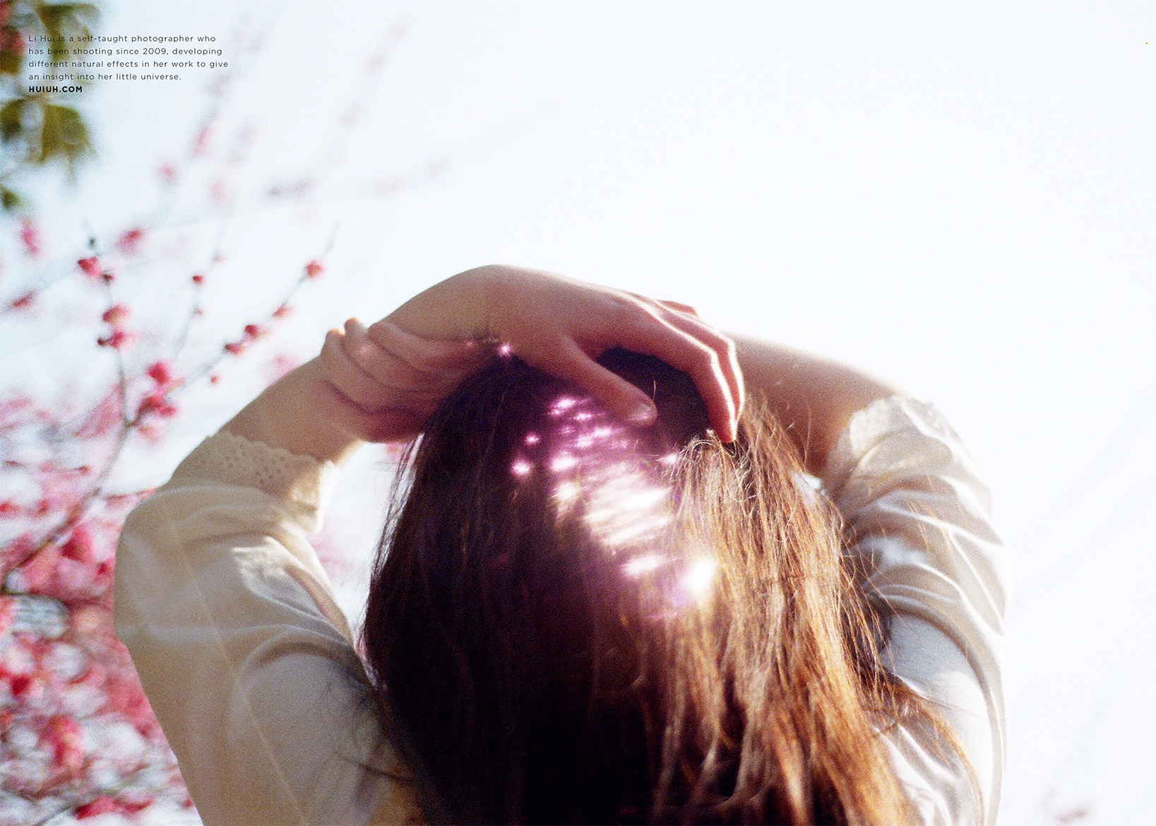 """SELF PORTRAIT ""  PHTOGRAPHER / Li Hui  view story"