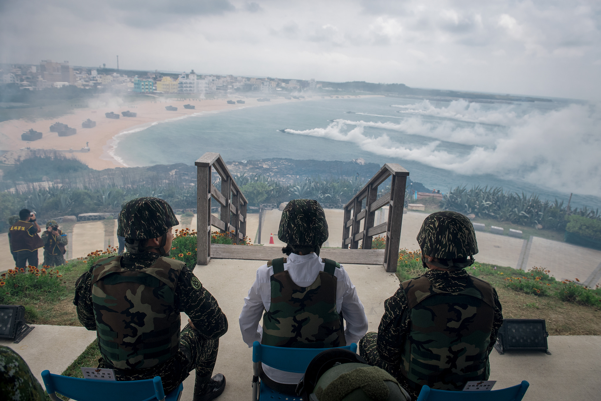 President Tsai observing the 33rd Han Kuang exercises. Since 2003, the U.S. has sent a member of the military to observe Taiwan's military exercises. However, the head of the U.S. delegation has always been a retired admiral. Photo courtesy of the Taiwan Presidential Office.