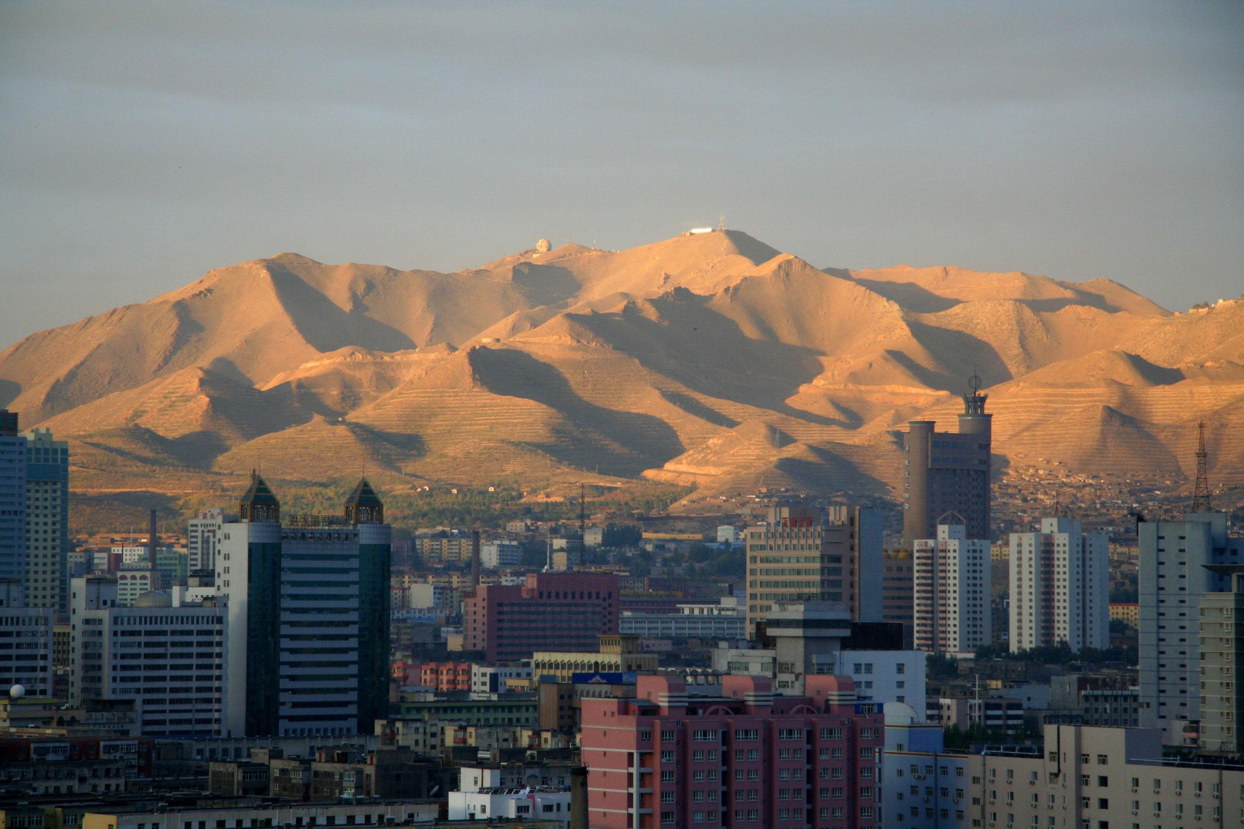The city of Urumqi, capital of the Xinjiang Uyghur Autonomous Region. Photo:  Richard Towell .