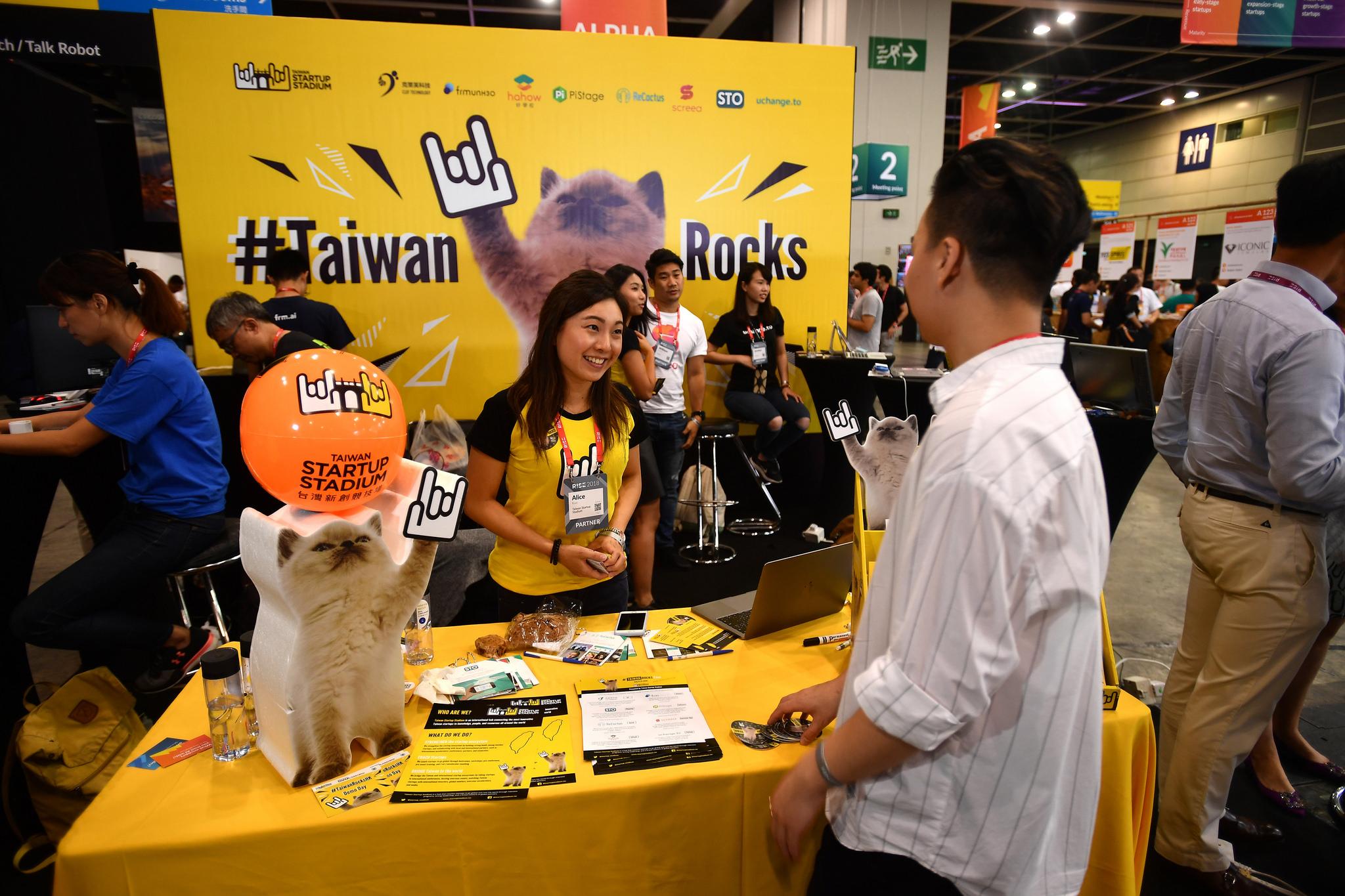 Taiwan Startup Stadium sets up shop at RISE Hong Kong, a tech startup exhibition. Photo courtesy of  RISE .