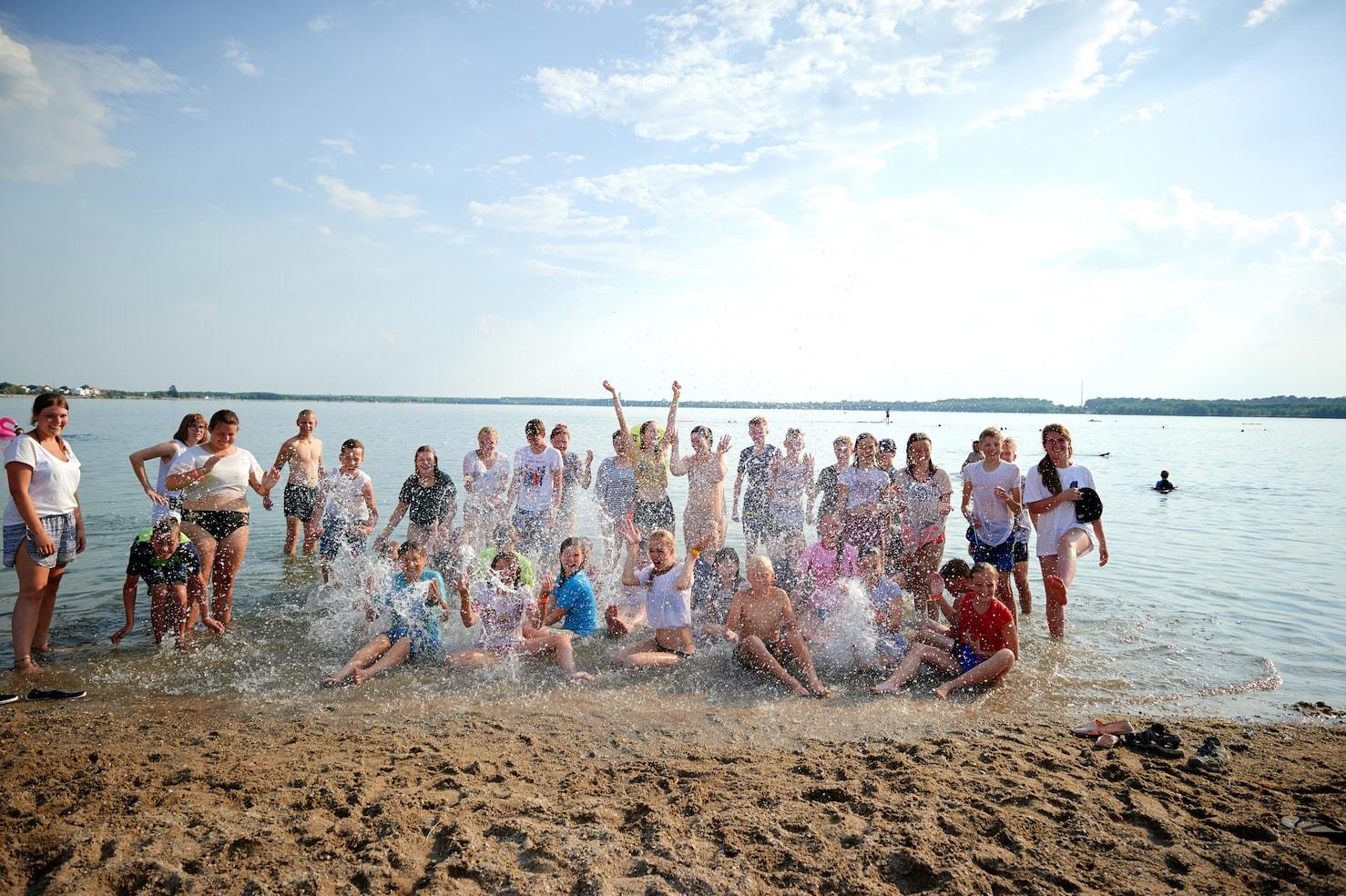 team_watersport_kids_games 170-min.jpg