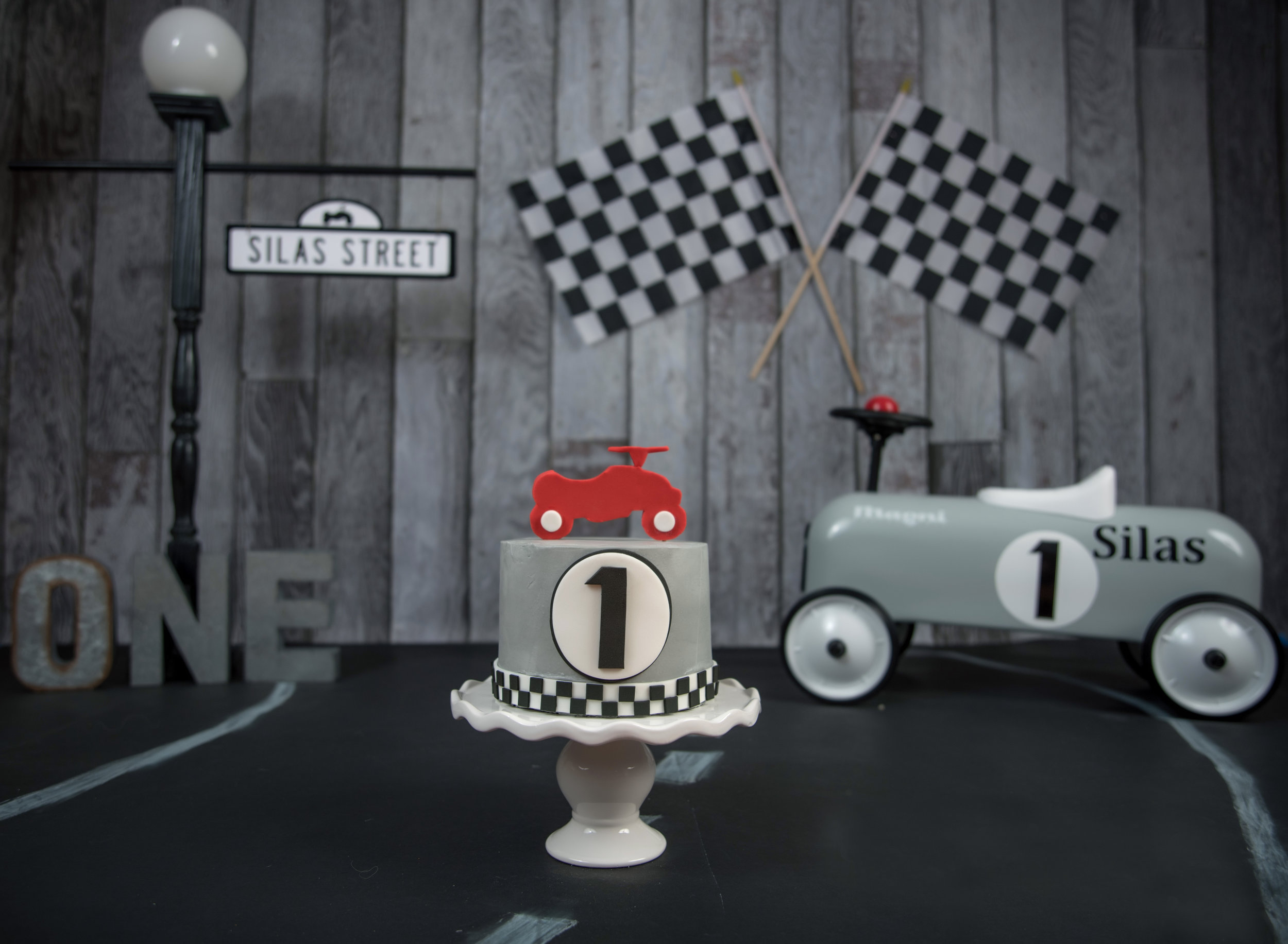 racing vintage pedal car hot rod gray black white and red boy cake smash