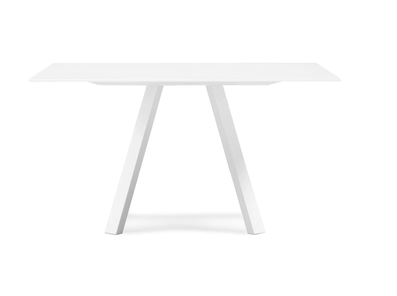 Pedrali_canteen_Arki-Table2.jpg