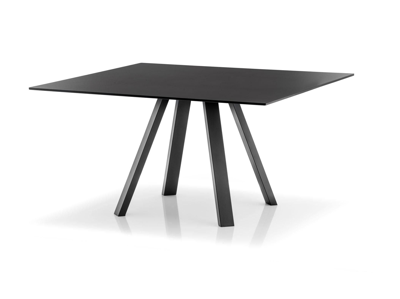 Pedrali_canteen_Arki-Table3.jpg
