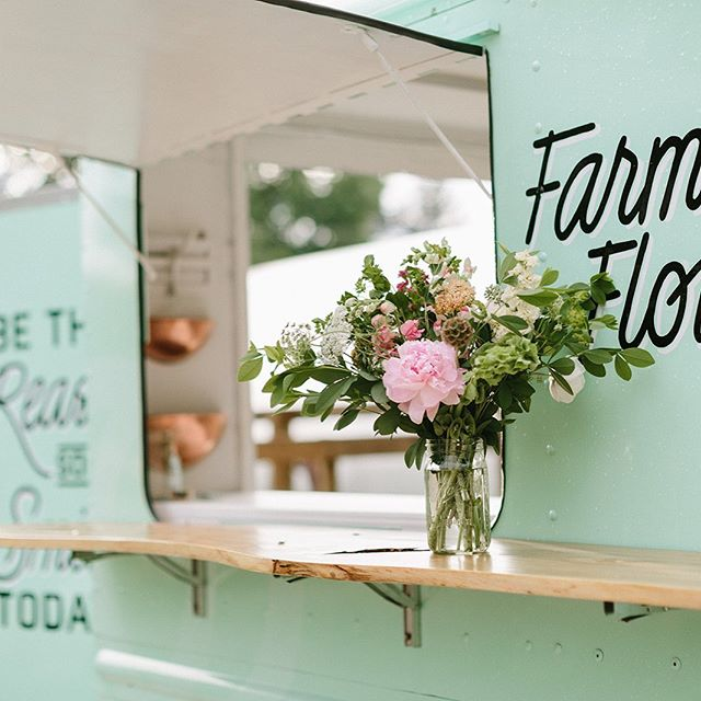"ANKENY WE'RE COMING FOR YA!! Find the flower truck this Saturday from 11am - 5pm @prairietrail for the Color My World event! We'll bring the always popular mini bouquets as well as our new fresh flower wearables! We'll have rings, bracelets and fresh flower ""tattoos"" for you to enjoy as you explore this brand new event. Come on out and take in all the art, street performers, music, food and blooms. Look for the giant mint green truck...ya can't miss us!"