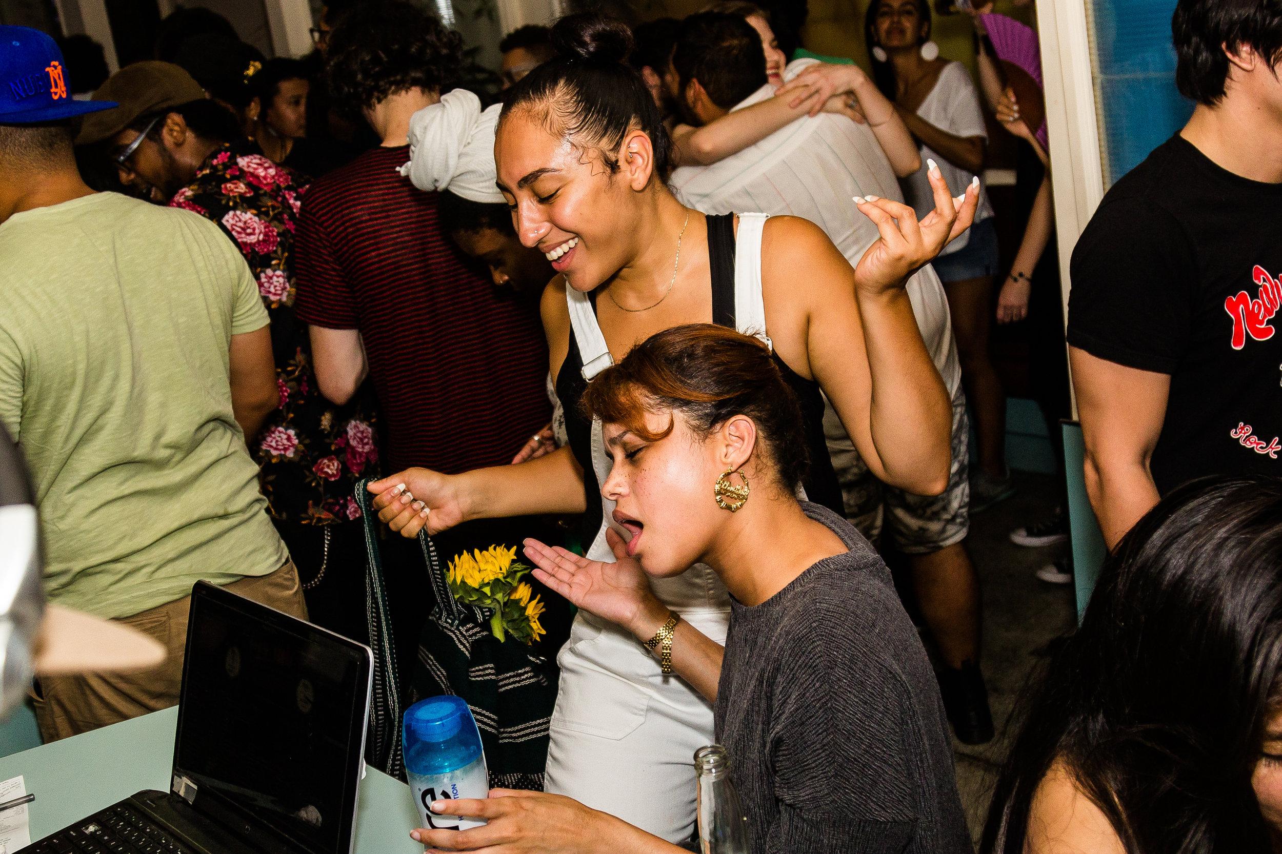 DJ 107-2017 Salsa Vs Perreo_0104.jpg