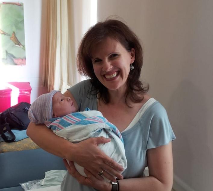 Lisa with newborn