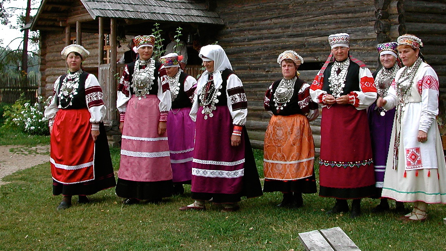 Estonia Traditional.jpg