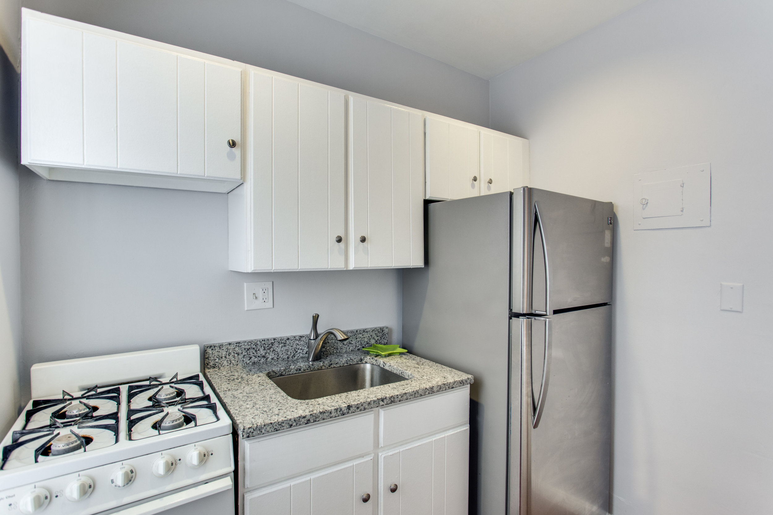 117 E St SE Unit 204-print-023-17-Kitchen-4200x2800-300dpi.jpg