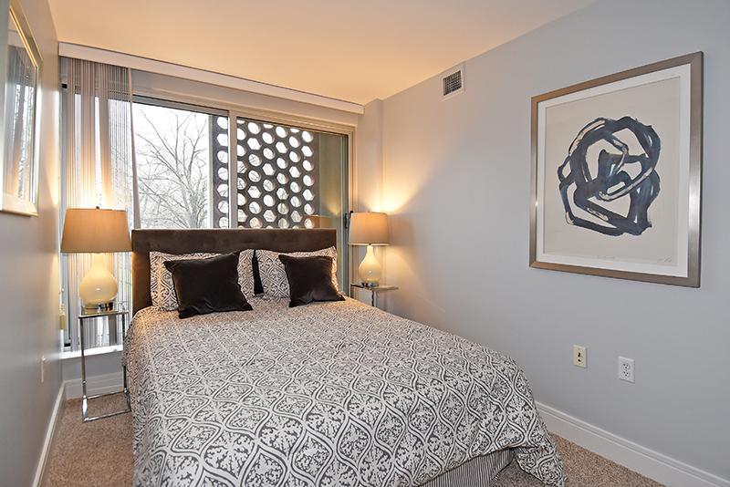 16 Bed 2.jpg