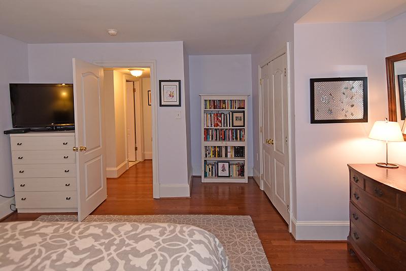 19 Bedroom 5.jpg