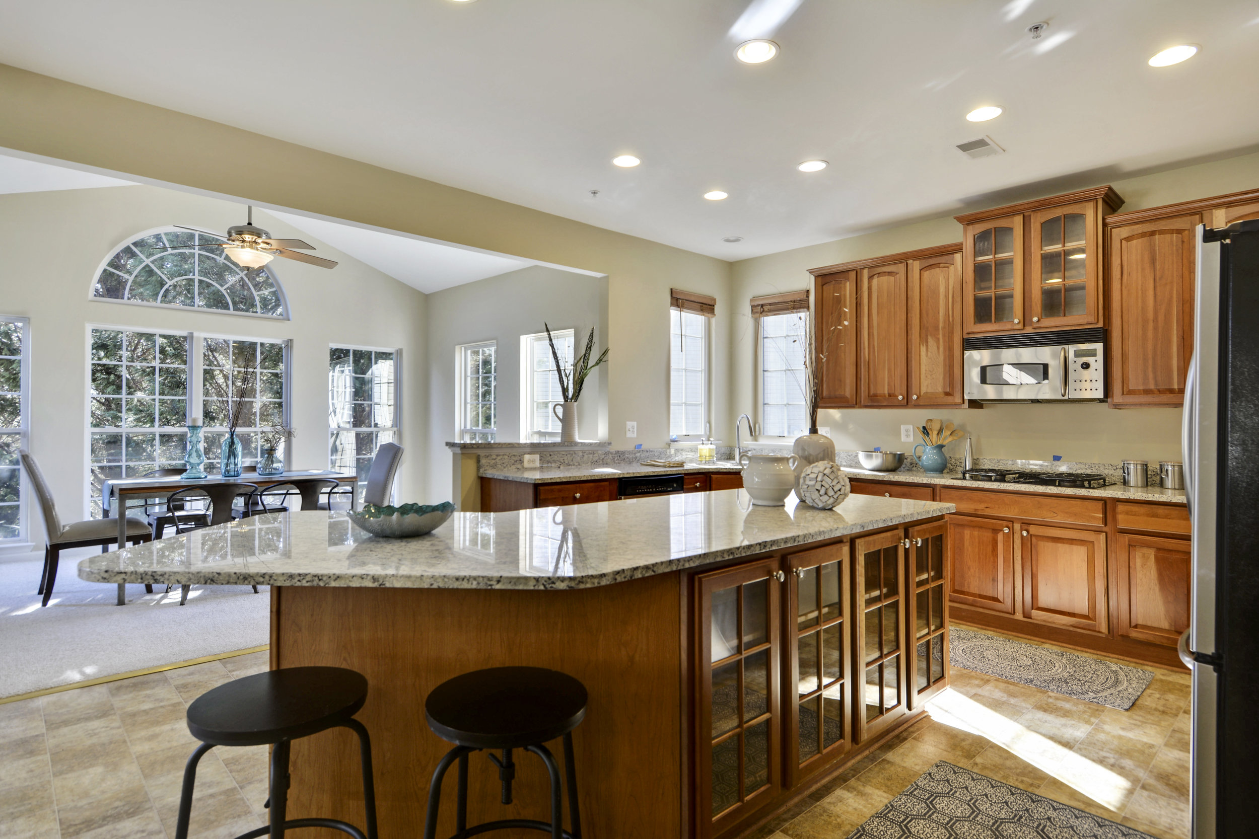 Main Level-Kitchen-_DSC3219.JPG