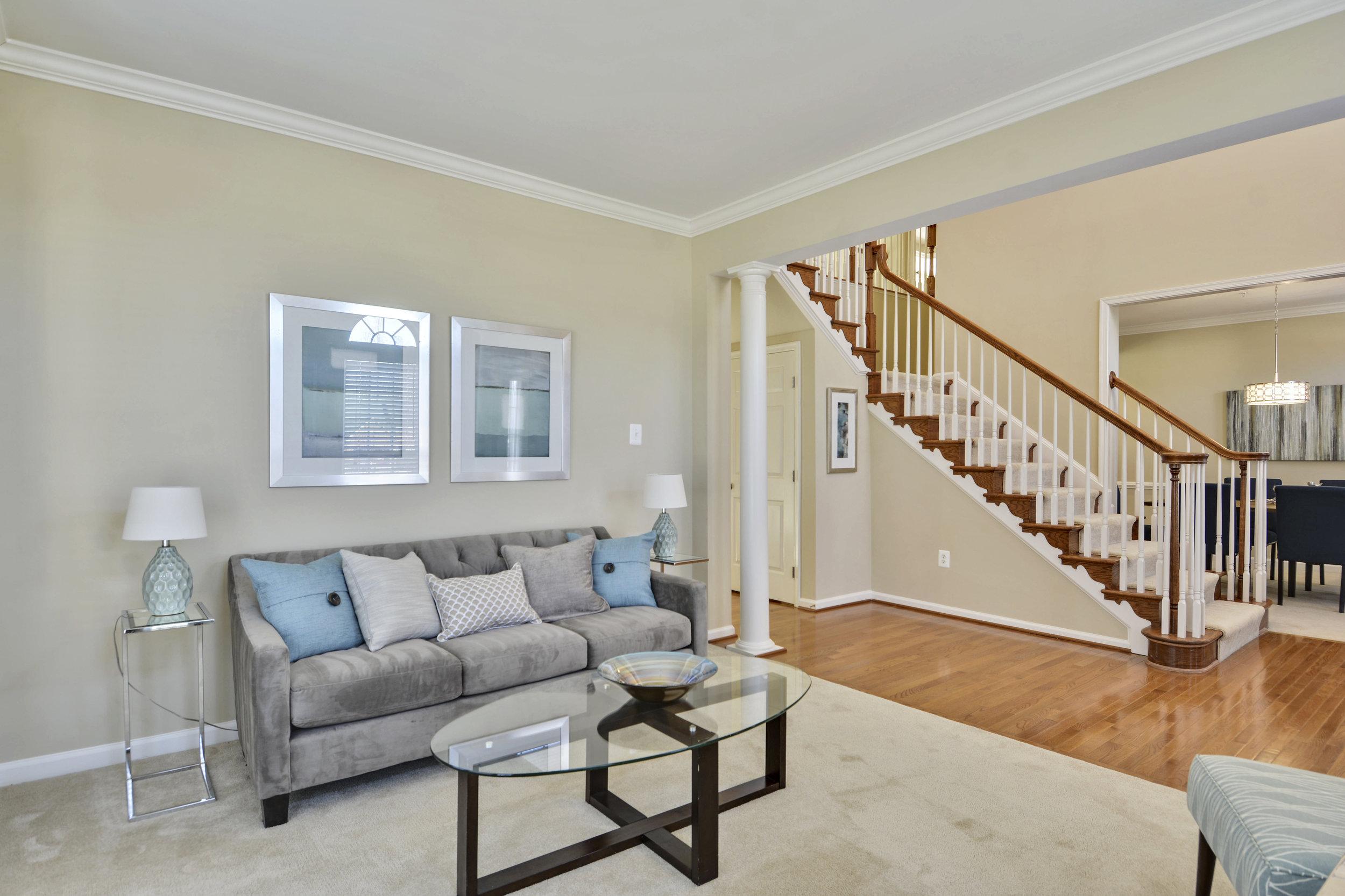 Main Level-Living Room-_DSC3201.JPG