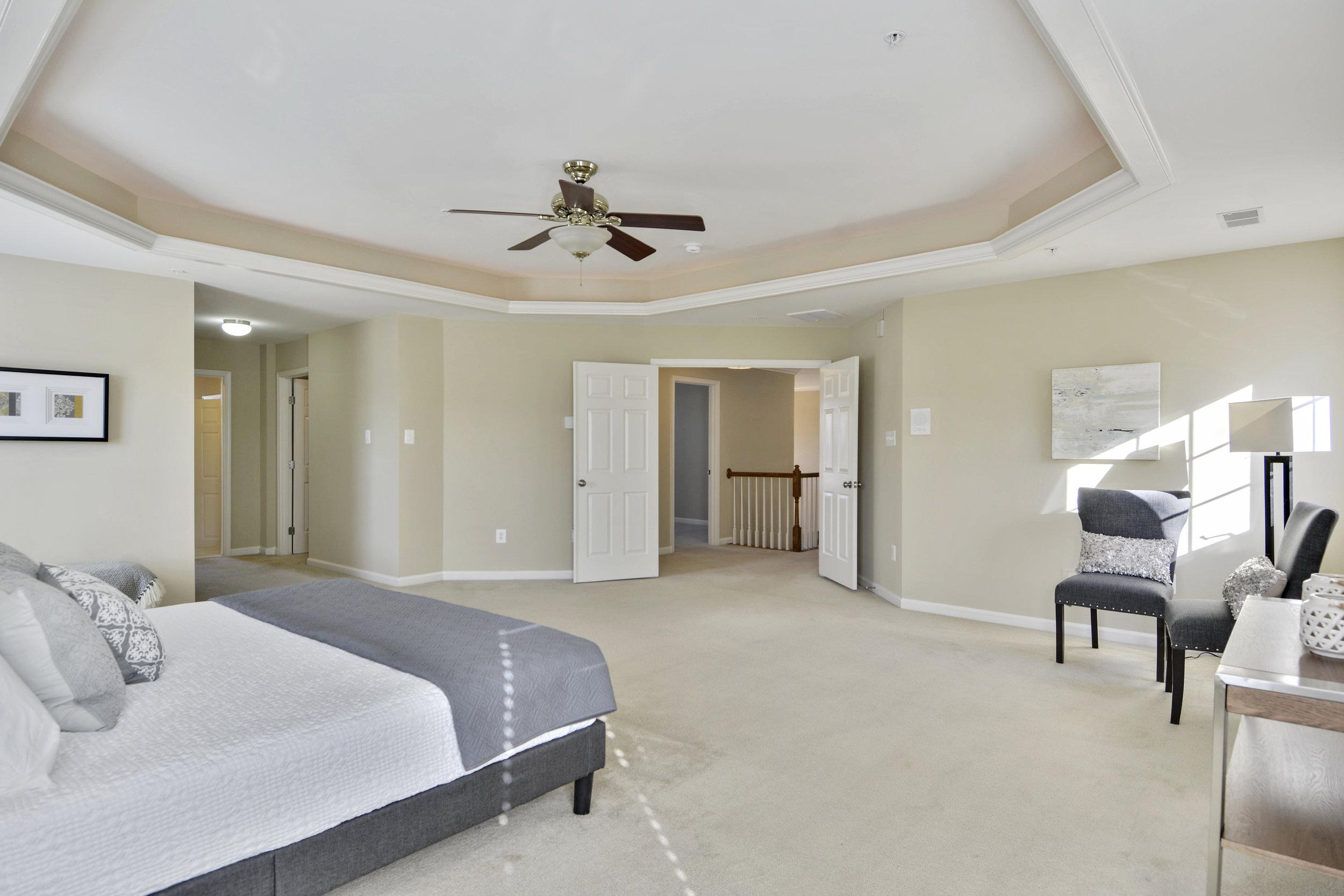 Upper Level-Master Bedroom-_DSC3327.JPG