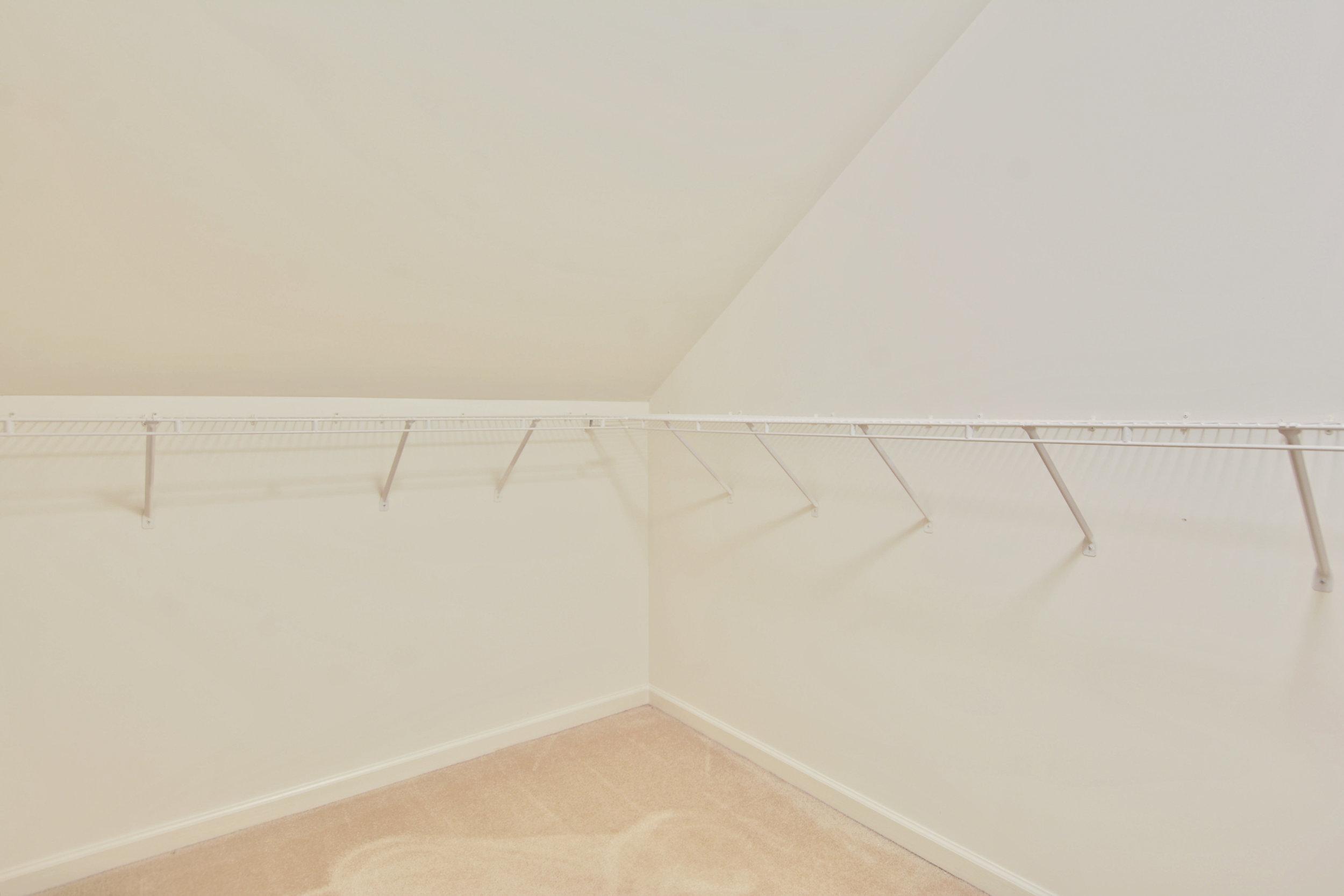 Upper Level-Walk In Closet-_DSC3336.JPG