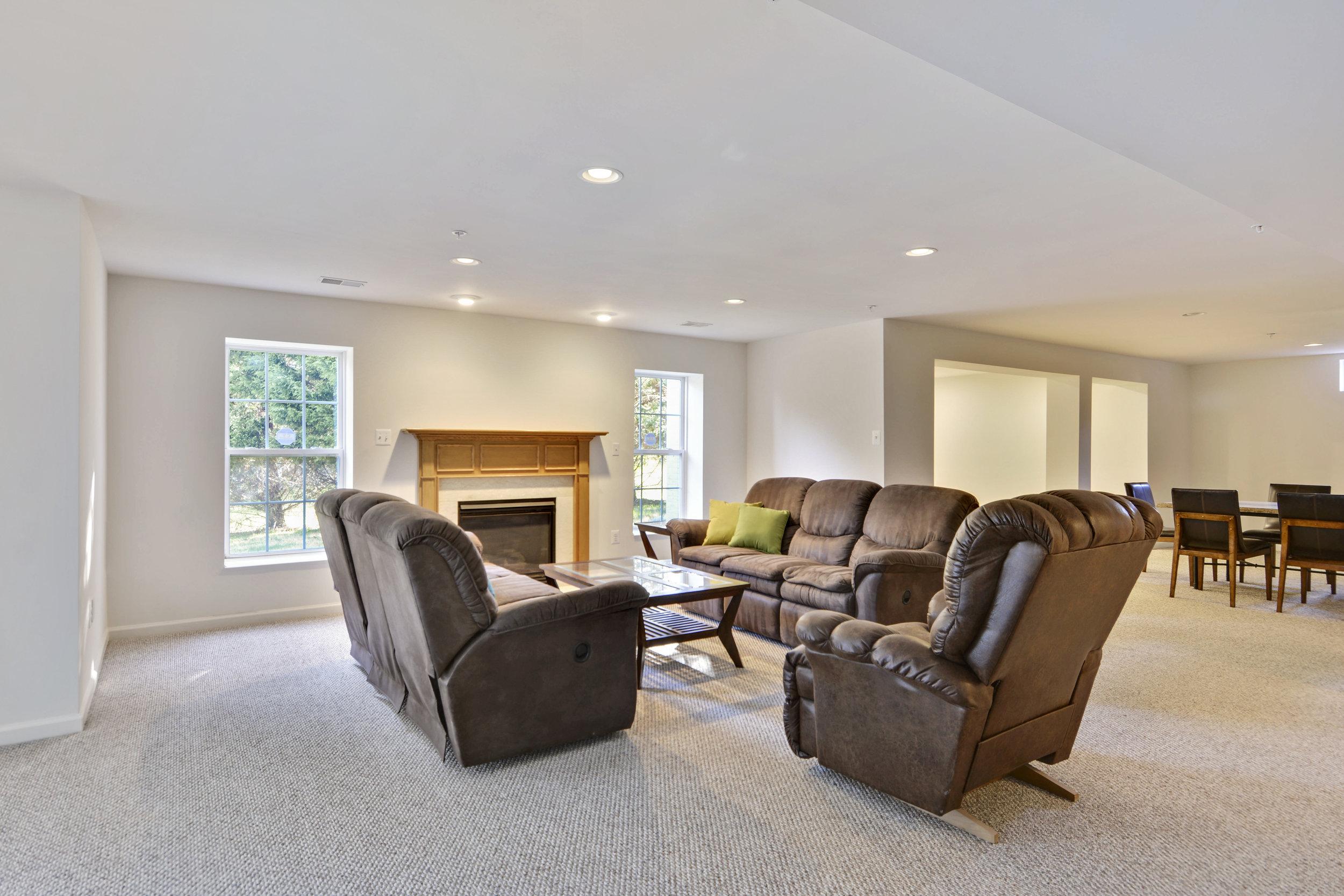 Lower Level-Living Room-_DSC3276.JPG