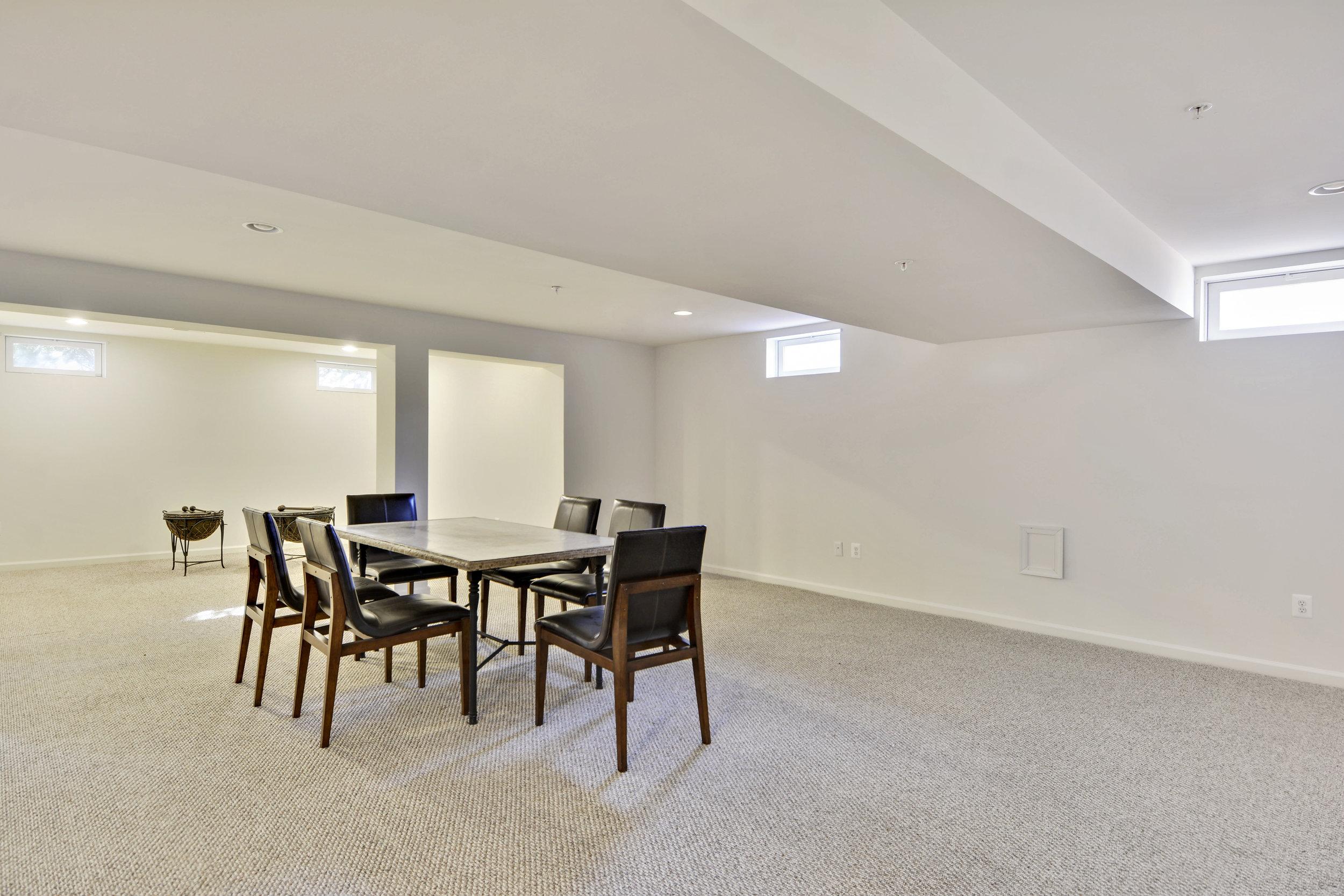 Lower Level-Recreation Room-_DSC3258.JPG