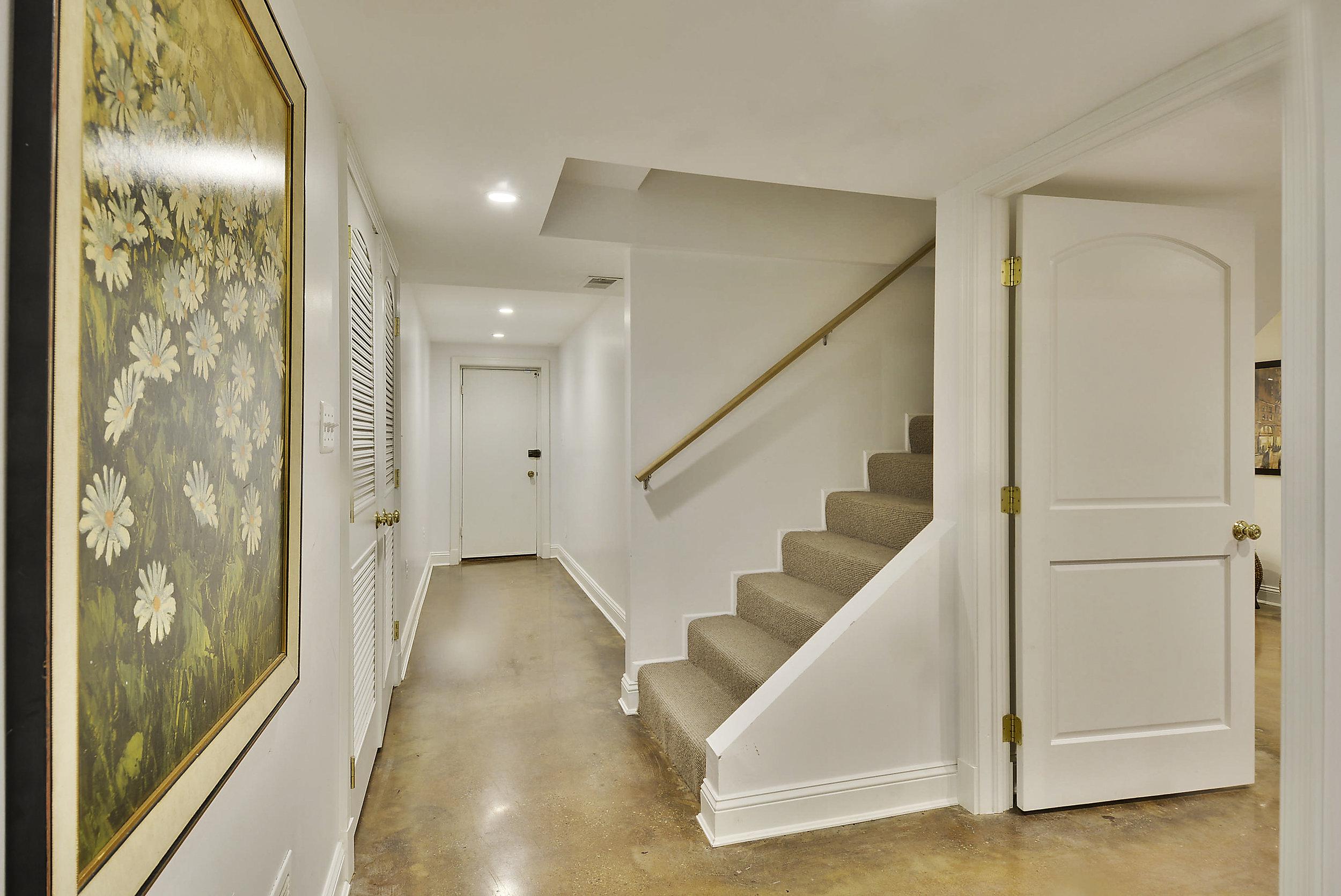 Lower Level-Stairs-_DSC5859.JPG