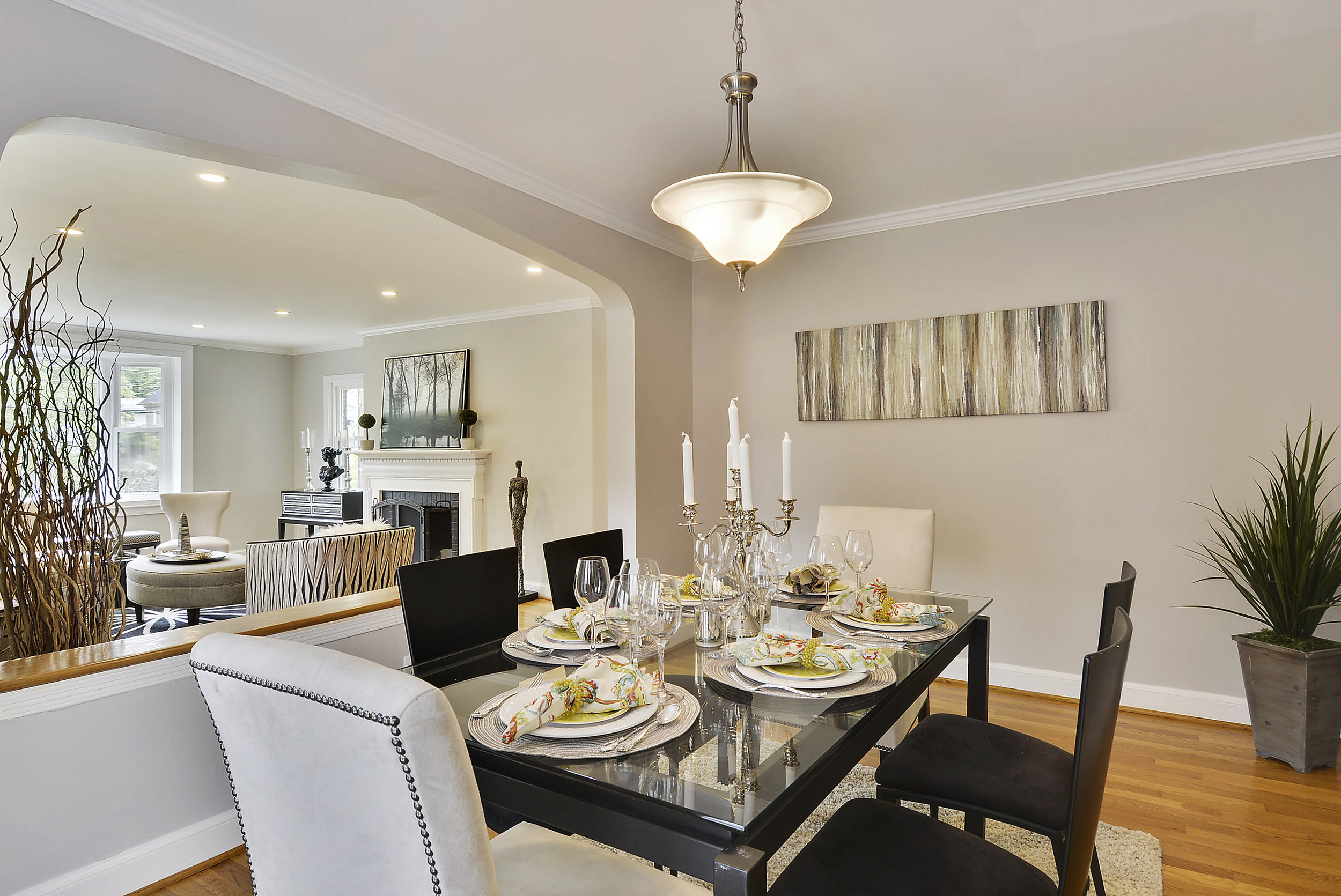 Main Level-Dining Room-_DSC5995.JPG