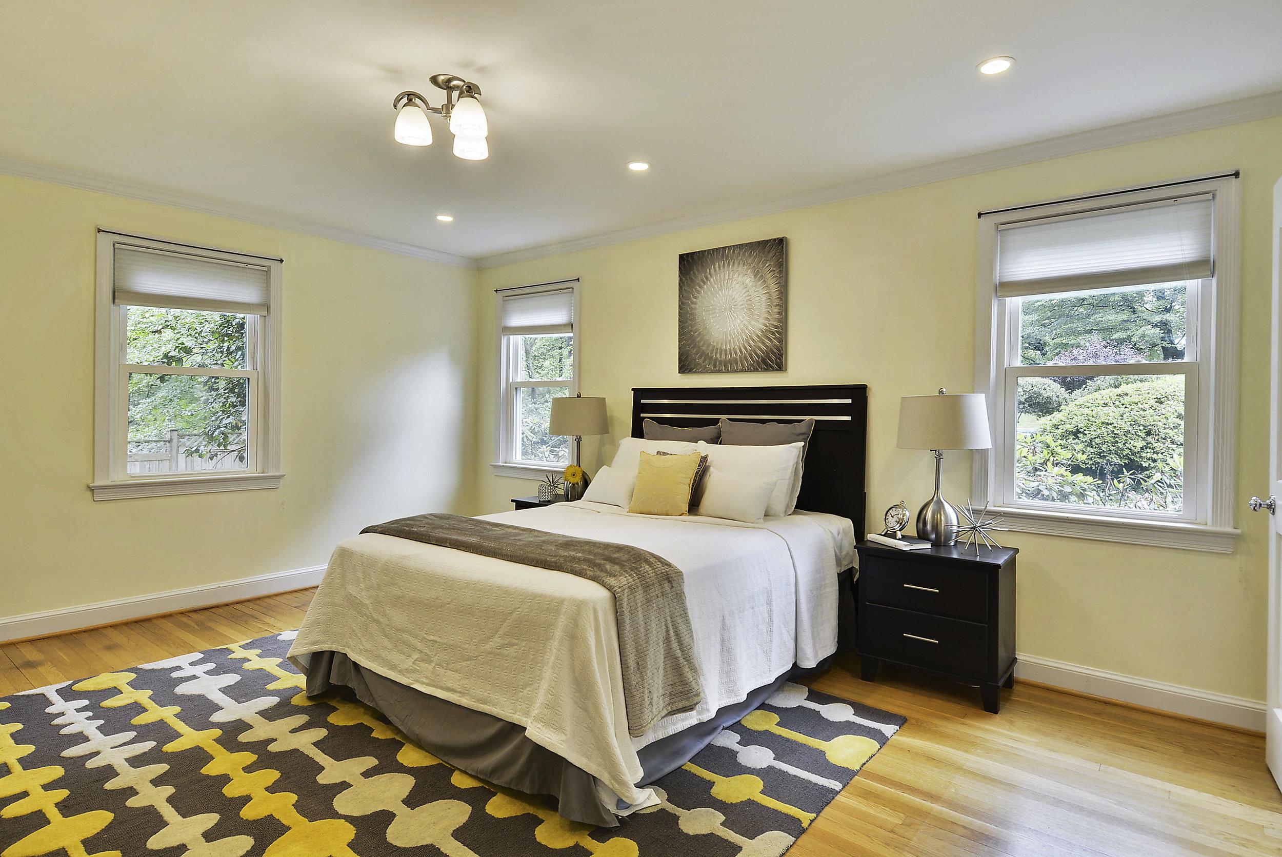 Main Level-Master Bedroom-_DSC6050.JPG