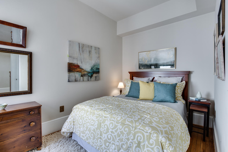 1632 16th St NW Unit 32-large-028-43-Bedroom-1500x1000-72dpi.jpg