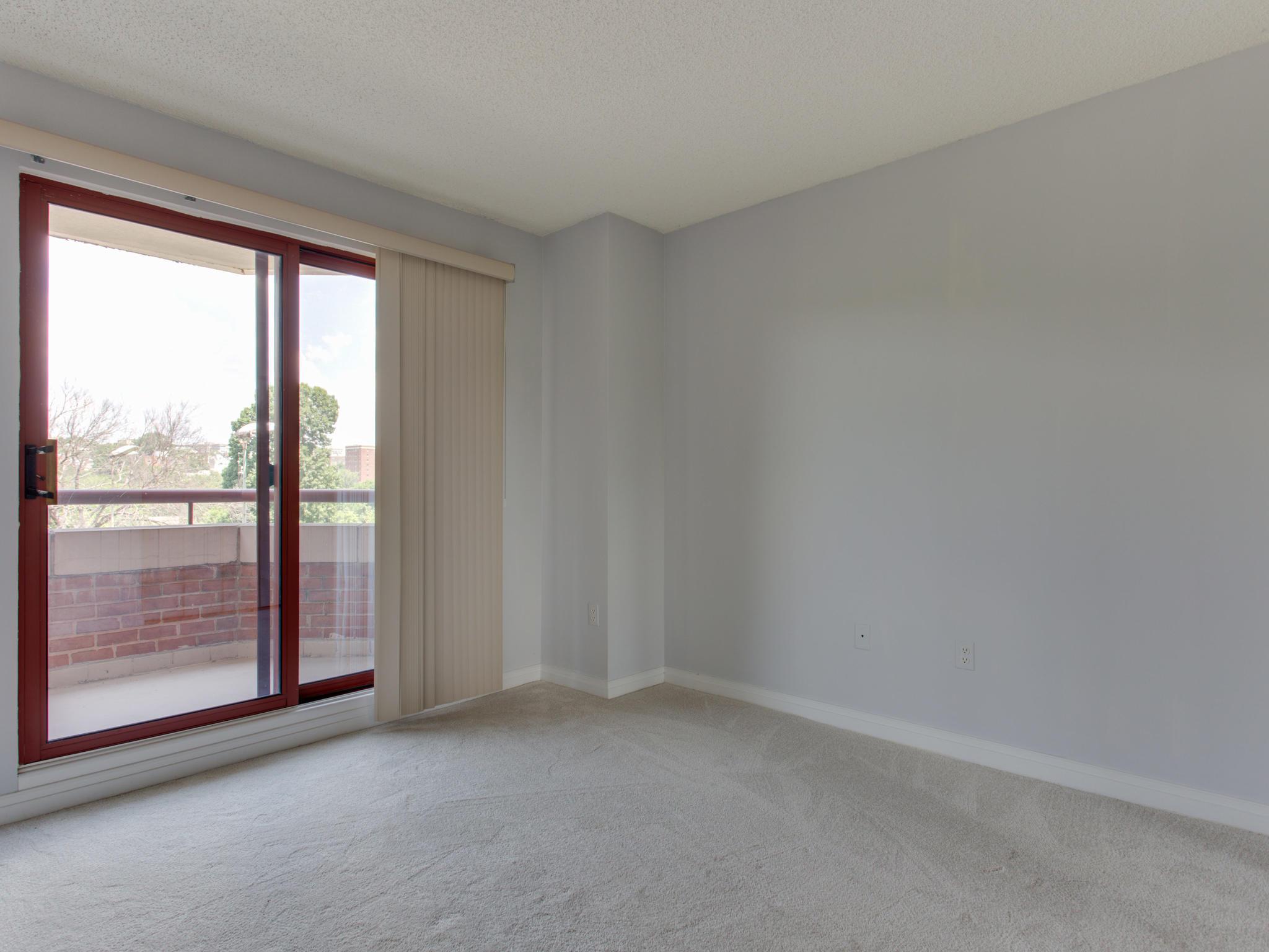 2301 N St NW 417 Northwest-MLS_Size-026-28-Bedroom 1-2048x1536-72dpi.jpg
