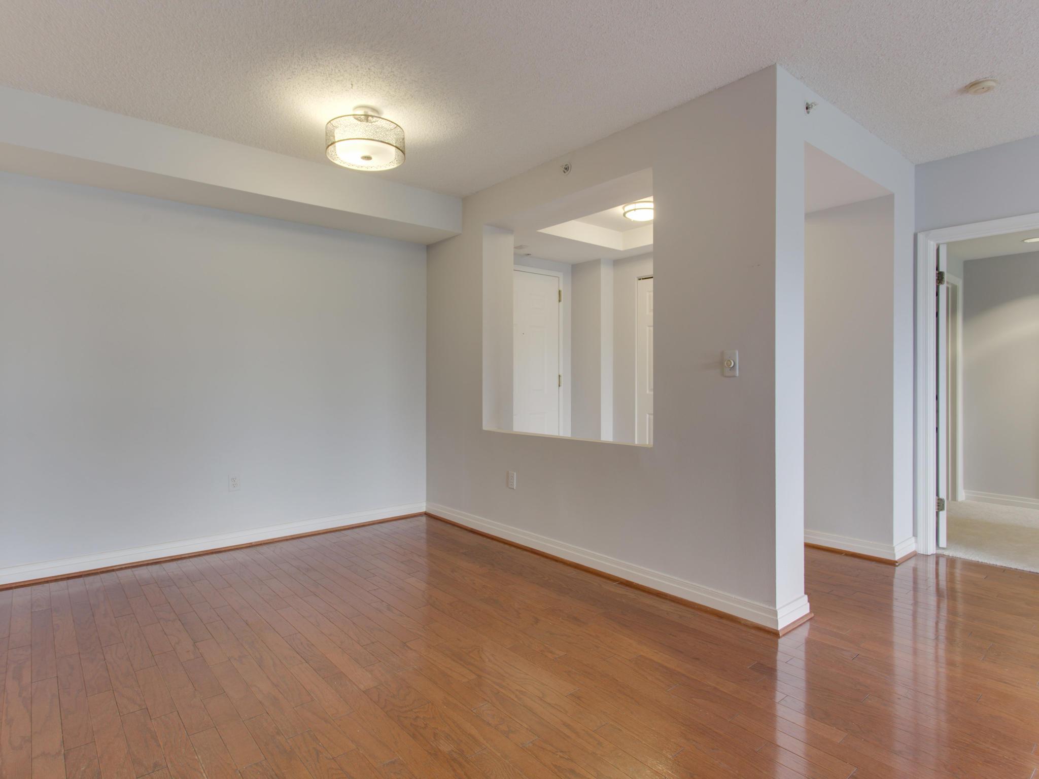 2301 N St NW 417 Northwest-MLS_Size-034-33-Dining Room-2048x1536-72dpi.jpg