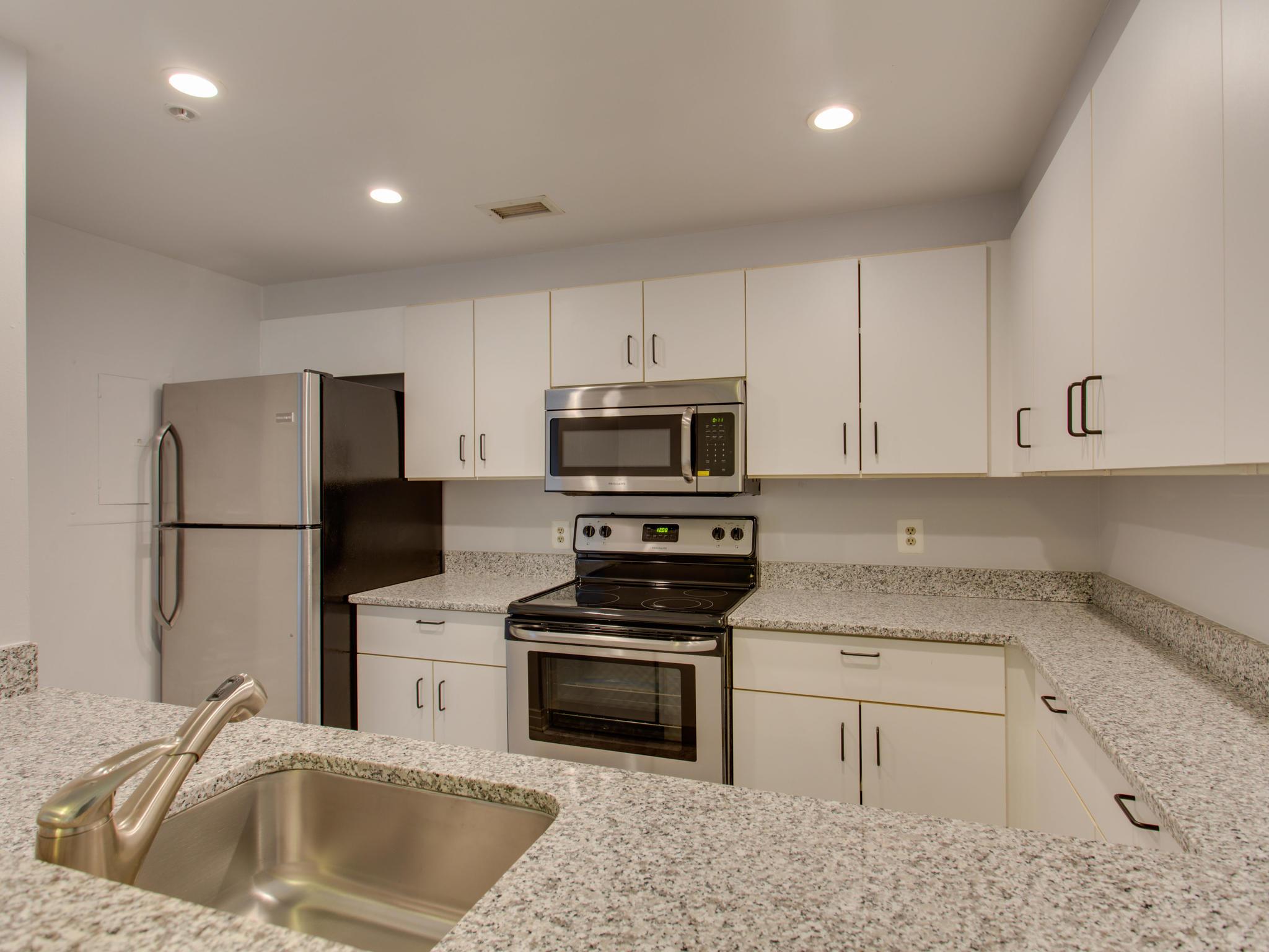 2301 N St NW 417 Northwest-MLS_Size-036-38-Kitchen-2048x1536-72dpi.jpg