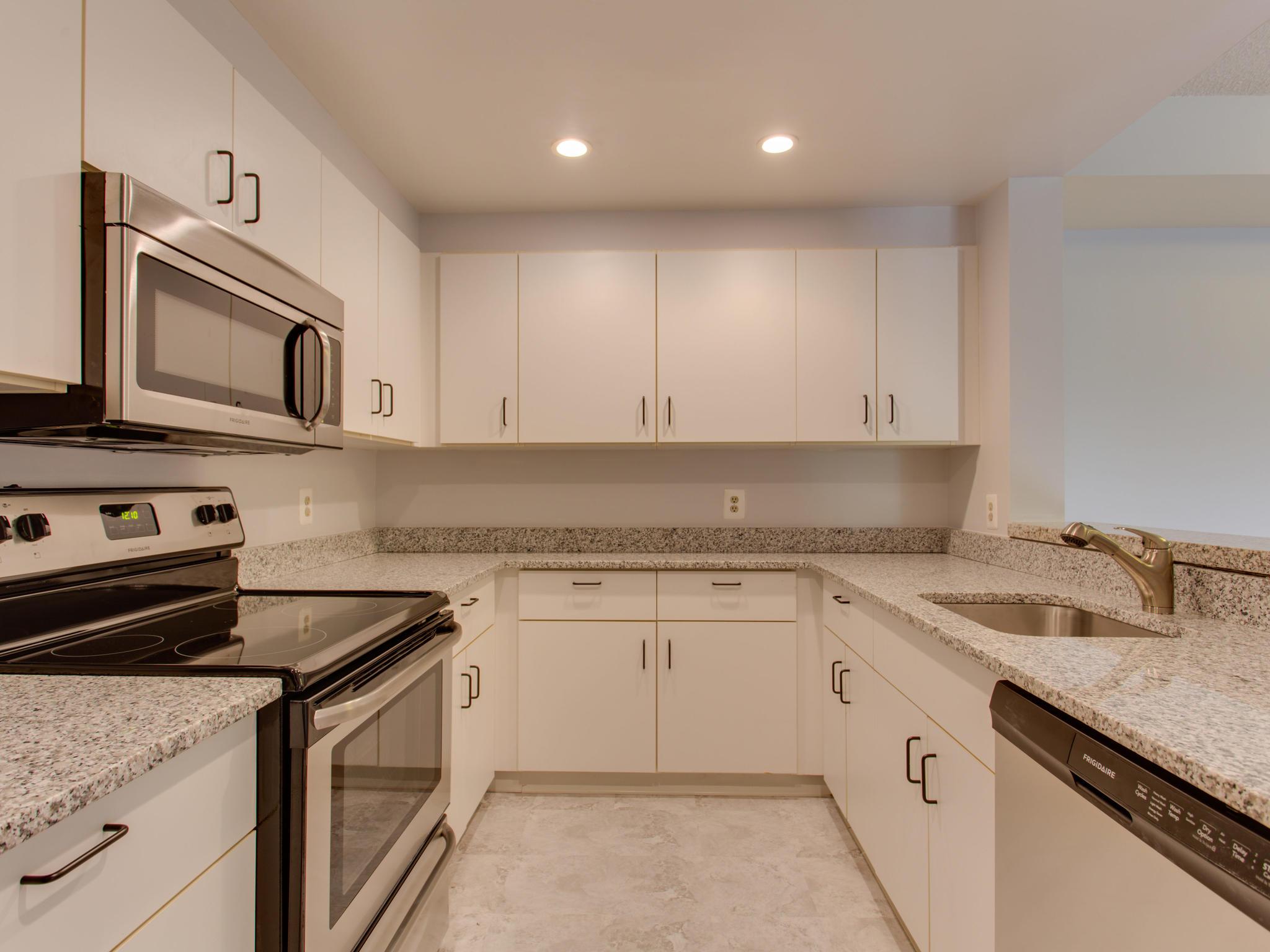 2301 N St NW 417 Northwest-MLS_Size-038-49-Kitchen-2048x1536-72dpi.jpg