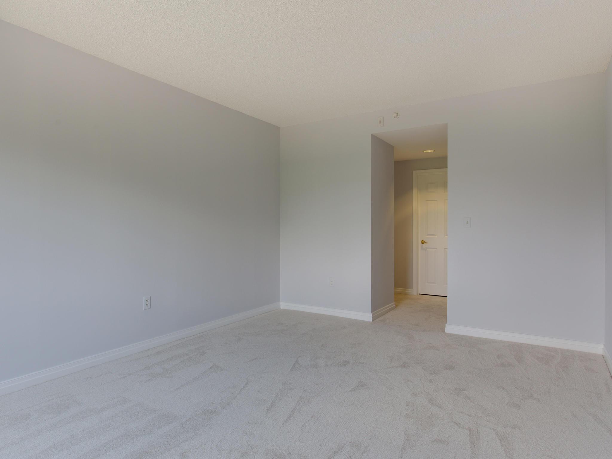 2301 N St NW 417 Northwest-MLS_Size-050-29-Master Bedroom-2048x1536-72dpi.jpg