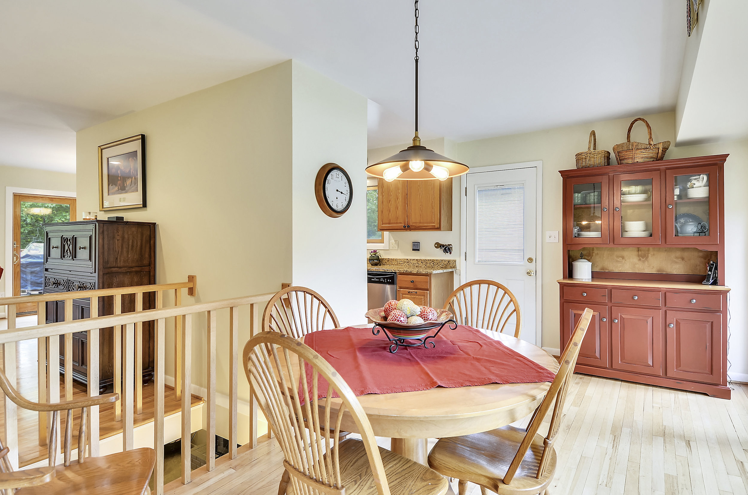 Main Level-Breakfast Room-_DSC5470.JPG