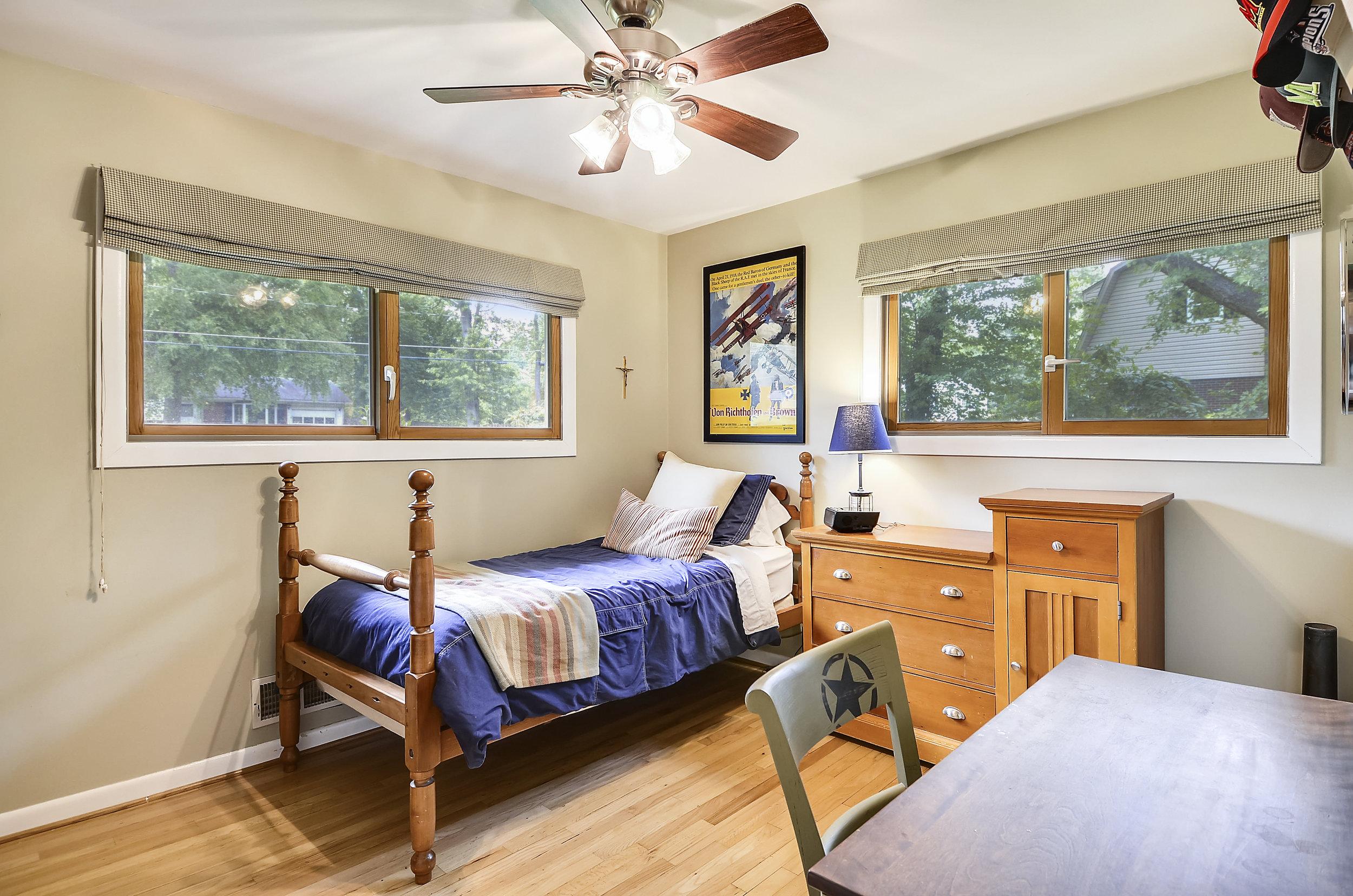 Main Level-Bedroom-_DSC5446.JPG