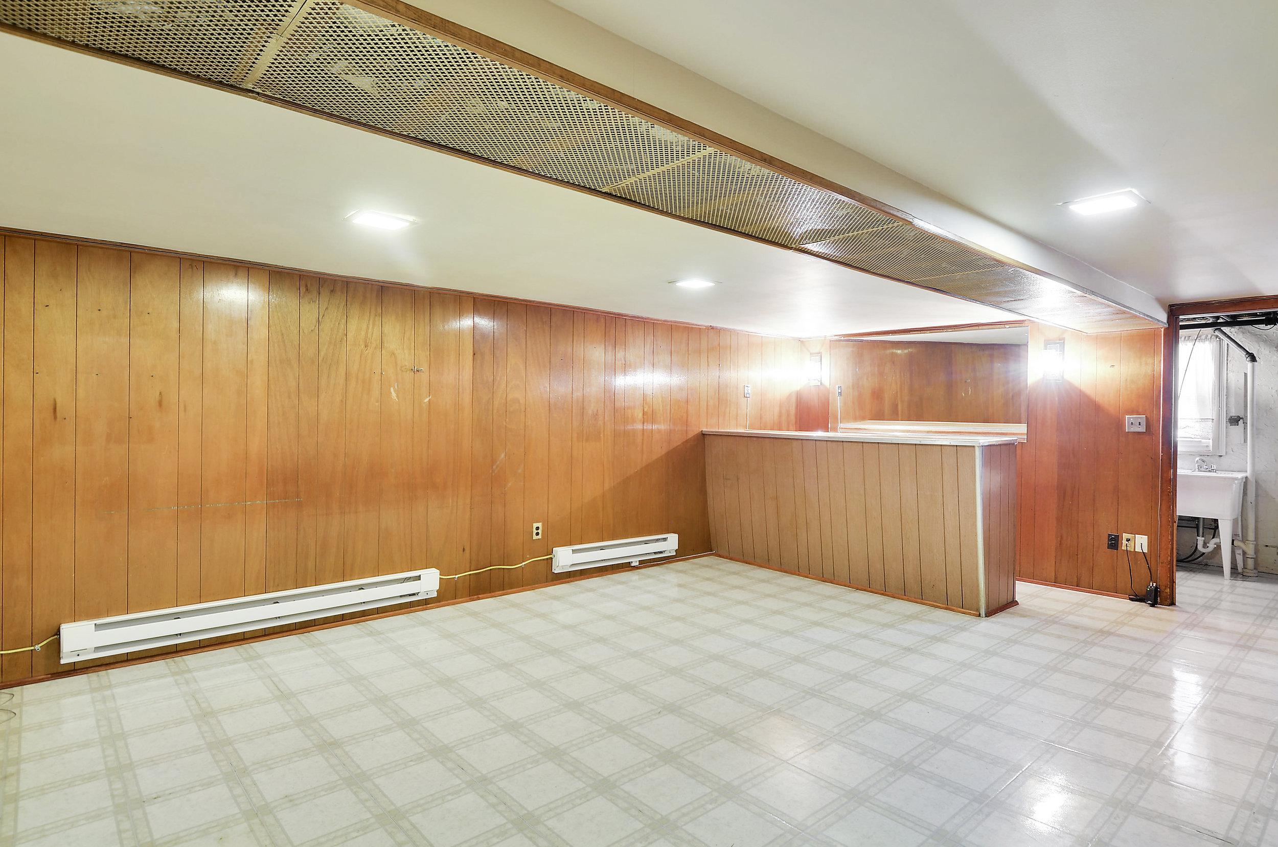 Lower Level-Recreation Room-DSC9750.JPG